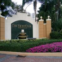Yacht Club at Aventura Modern Beach House 2 bedrooms 2 bathrooms
