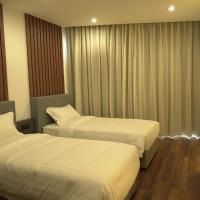 Regatta Suites