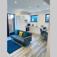 Modern apartment CLOSE to Watford Hospital, Hotel in Watford