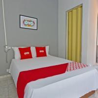 OYO Hotel Castro Alves - 5 minutos de distância da Liberdade
