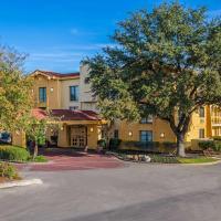 La Quinta Inn by Wyndham San Antonio I-35 N at Toepperwein