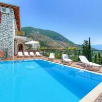 Rachi Villa Sleeps 8 Pool Air Con WiFi