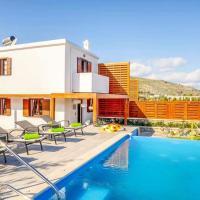 Lindos Villa Sleeps 4 Pool Air Con WiFi
