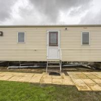 Gorgeous Mobile Home in Hastings with Sea Nearby