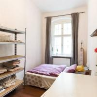 Cosy authentic neukoellnstyle room