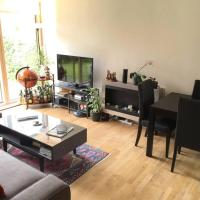Modern 2BR Oxford Apartment w/ Garden & Parking