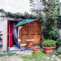 Holiday Home Rue de Versailles