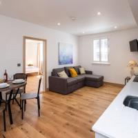Three Tuns Apartments - Hazel