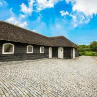 Soothing Holiday Home in Bergschenhoek with Garden