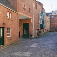 The Old Town House with Private Parking