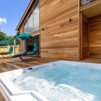 Blackdown Views - New 6 Bedroom Eco House