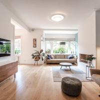 Heemstede Luxury Family Villa - Sleeps 4 adults + 2 children