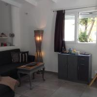 The Feng-shui bangalow, Northern Suburbs Athens