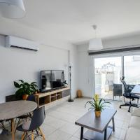 Modern apartment close to amazing Finikudes beach