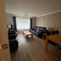 Stunning City Centre Apartment with free parking!