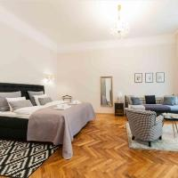 NEW! Luxury Apartment Near The Cathedral