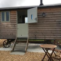 Skye Shepherd Hut - On the croft
