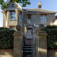 Cranborne House