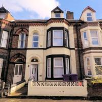 Quirky large 6-Bed House in Liverpool for groups
