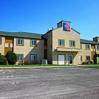 Motel 6 Minonk </h2 </a <div class=sr-card__item sr-card__item--badges <div style=padding: 2px 0  <div class=bui-review-score c-score bui-review-score--smaller <div class=bui-review-score__badge aria-label=Scored 4.3  4.3 </div <div class=bui-review-score__content <div class=bui-review-score__title Disappointing </div </div </div   </div </div <div class=sr-card__item   data-ga-track=click data-ga-category=SR Card Click data-ga-action=Hotel location data-ga-label=book_window:  day(s)  <svg alt=Property location  class=bk-icon -iconset-geo_pin sr_svg__card_icon height=12 width=12<use xlink:href=#icon-iconset-geo_pin</use</svg <div class= sr-card__item__content   Minonk • <span 1.3 miles </span  from center </div </div </div </div </div </li <div data-et-view=cJaQWPWNEQEDSVWe:1</div <li class=bui-spacer--medium <div class=bui-alert bui-alert--info bui-u-bleed@small role=status data-e2e=auto_extension_banner <span class=icon--hint bui-alert__icon role=presentation <svg class=bk-icon -iconset-info_sign height=24 role=presentation width=24<use xlink:href=#icon-iconset-info_sign</use</svg </span <div class=bui-alert__description <p class=bui-alert__text <spanTip:</span Try these nearby properties… </p </div </div </li <li id=hotel_333379 data-is-in-favourites=0 data-hotel-id='333379' data-lazy-load-nd class=sr-card sr-card--arrow bui-card bui-u-bleed@small js-sr-card m_sr_info_icons card-halved card-halved--active   <div data-href=/hotel/us/wenona-5-cavalry-drive.html onclick=window.open(this.getAttribute('data-href')); target=_blank class=sr-card__row bui-card__content data-et-click=  <div class=sr-card__image js-sr_simple_card_hotel_image has-debolded-deal js-lazy-image sr-card__image--lazy data-src=https://r-cf.bstatic.com/xdata/images/hotel/square200/52735346.jpg?k=7c992815c50afb6081d538d1275a1749d02c9ef07619d72b1ab7bd1fc4a9fded&o=&s=1,https://r-cf.bstatic.com/xdata/images/hotel/max1024x768/52735346.jpg?k=d03020ccb7b5deaec3607abf94de44309dbb6d72c17ac438ea89518ed368c6d