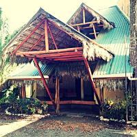 Palapa Hut Nature Hostel & Campground