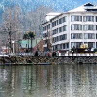 Welcome Hotel at Dal Lake
