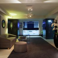 Ilonn Hotel