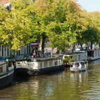 Houseboat Prince-Avalon