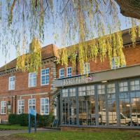 Holiday Inn Express Warwick - Stratford-upon-Avon </h2 </a <div class=sr-card__item sr-card__item--badges <div class= sr-card__badge sr-card__badge--class u-margin:0  data-ga-track=click data-ga-category=SR Card Click data-ga-action=Hotel rating data-ga-label=book_window:  day(s)  <i class= bk-icon-wrapper bk-icon-stars star_track  title=3 stars  <svg aria-hidden=true class=bk-icon -sprite-ratings_stars_3 focusable=false height=10 width=32<use xlink:href=#icon-sprite-ratings_stars_3</use</svg                     <span class=invisible_spoken3 stars</span </i </div   <div style=padding: 2px 0  <div class=bui-review-score c-score bui-review-score--smaller <div class=bui-review-score__badge aria-label=Scored 8.5  8.5 </div <div class=bui-review-score__content <div class=bui-review-score__title Very good </div </div </div   </div </div <div class=sr-card__item   data-ga-track=click data-ga-category=SR Card Click data-ga-action=Hotel location data-ga-label=book_window:  day(s)  <svg aria-hidden=true class=bk-icon -iconset-geo_pin sr_svg__card_icon focusable=false height=12 role=presentation width=12<use xlink:href=#icon-iconset-geo_pin</use</svg <div class= sr-card__item__content   <strong class='sr-card__item--strong'Warwick</strong • <span 1 miles </span  from Barford </div </div </div </div </div </li <div data-et-view=cJaQWPWNEQEDSVWe:1</div <li id=hotel_1019716 data-is-in-favourites=0 data-hotel-id='1019716' class=sr-card sr-card--arrow bui-card bui-u-bleed@small js-sr-card m_sr_info_icons card-halved card-halved--active   <div data-href=/hotel/gb/troilus.en-gb.html onclick=window.open(this.getAttribute('data-href')); target=_blank class=sr-card__row bui-card__content data-et-click=  <div class=sr-card__image js-sr_simple_card_hotel_image has-debolded-deal js-lazy-image sr-card__image--lazy data-src=https://q-cf.bstatic.com/xdata/images/hotel/square200/137716659.jpg?k=daf9e602a8d3afa1ffbc2edde111151de89566d6fef0f678bc1946cfddf7b60a&o=&s=1,https://r-cf.bstatic.com/xdata/images/hotel/max1024x768/137716659.jpg?k=aab4c7fe3f2831efaf6a4175b0461a575dc354ae05556474dd859298c60e32d8&o=&s=1  <div class=sr-card__image-inner css-loading-hidden </div <noscript <div class=sr-card__image--nojs style=background-image: url('https://q-cf.bstatic.com/xdata/images/hotel/square200/137716659.jpg?k=daf9e602a8d3afa1ffbc2edde111151de89566d6fef0f678bc1946cfddf7b60a&o=&s=1')</div </noscript </div <div class=sr-card__details data-et-click=      <div class=sr-card_details__inner <a href=/hotel/gb/troilus.en-gb.html onclick=event.stopPropagation(); target=_blank <h2 class=sr-card__name u-margin:0 u-padding:0 data-ga-track=click data-ga-category=SR Card Click data-ga-action=Hotel name data-ga-label=book_window:  day(s)  Troilus </h2 </a <div class=sr-card__item sr-card__item--badges <div style=padding: 2px 0    </div </div <div class=sr-card__item   data-ga-track=click data-ga-category=SR Card Click data-ga-action=Hotel location data-ga-label=book_window:  day(s)  <svg aria-hidden=true class=bk-icon -iconset-geo_pin sr_svg__card_icon focusable=false height=12 role=presentation width=12<use xlink:href=#icon-iconset-geo_pin</use</svg <div class= sr-card__item__content   <strong class='sr-card__item--strong'Claverdon</strong • <span 1.2 miles </span  from Barford </div </div </div </div </div </li <div data-et-view=cJaQWPWNEQEDSVWe:1</div <li id=hotel_1019715 data-is-in-favourites=0 data-hotel-id='1019715' data-lazy-load-nd class=sr-card sr-card--arrow bui-card bui-u-bleed@small js-sr-card m_sr_info_icons card-halved card-halved--active   <div data-href=/hotel/gb/cressida.en-gb.html onclick=window.open(this.getAttribute('data-href')); target=_blank class=sr-card__row bui-card__content data-et-click=  <div class=sr-card__image js-sr_simple_card_hotel_image has-debolded-deal js-lazy-image sr-card__image--lazy data-src=https://q-cf.bstatic.com/xdata/images/hotel/square200/217189199.jpg?k=1420175fb6a904b90af4b1b64ec9f2e5686b8f3039fb7bb64d8fa724a69022e5&o=&s=1,https://r-cf.bstatic.com/xdata/images/hotel/max1024x768/217189199.jpg?k=e5df52e0e6e7bc62ffc34af3fc16b504cba6f213ab7483e3ff8a9cebf746cf16&o=&s=1  <div class=sr-card__image-inner css-loading-hidden </div <noscript <div class=sr-card__image--nojs style=background-image: url('https://q-cf.bstatic.com/xdata/images/hotel/square200/217189199.jpg?k=1420175fb6a904b90af4b1b64ec9f2e5686b8f3039fb7bb64d8fa724a69022e5&o=&s=1')</div </noscript </div <div class=sr-card__details data-et-click=      <div class=sr-card_details__inner <a href=/hotel/gb/cressida.en-gb.html onclick=event.stopPropagation(); target=_blank <h2 class=sr-card__name u-margin:0 u-padding:0 data-ga-track=click data-ga-category=SR Card Click data-ga-action=Hotel name data-ga-label=book_window:  day(s)  Cressida </h2 </a <div class=sr-card__item sr-card__item--badges <div style=padding: 2px 0    </div </div <div class=sr-card__item   data-ga-track=click data-ga-category=SR Card Click data-ga-action=Hotel location data-ga-label=book_window:  day(s)  <svg aria-hidden=true class=bk-icon -iconset-geo_pin sr_svg__card_icon focusable=false height=12 role=presentation width=12<use xlink:href=#icon-iconset-geo_pin</use</svg <div class= sr-card__item__content   <strong class='sr-card__item--strong'Claverdon</strong • <span 1.2 miles </span  from Barford </div </div </div </div </div </li <div data-et-view=cJaQWPWNEQEDSVWe:1</div <li id=hotel_4008050 data-is-in-favourites=0 data-hotel-id='4008050' class=sr-card sr-card--arrow bui-card bui-u-bleed@small js-sr-card m_sr_info_icons card-halved card-halved--active   <div data-href=/hotel/gb/swallows-nest-bibury.en-gb.html onclick=window.open(this.getAttribute('data-href')); target=_blank class=sr-card__row bui-card__content data-et-click=  <div class=sr-card__image js-sr_simple_card_hotel_image has-debolded-deal js-lazy-image sr-card__image--lazy data-src=https://q-cf.bstatic.com/xdata/images/hotel/square200/217176316.jpg?k=0357a9609b7dbb07c951ca3c355b050c149349350fad887ab1d68b619376f2ee&o=&s=1,https://q-cf.bstatic.com/xdata/images/hotel/max1024x768/217176316.jpg?k=2ab00a310595cb12843a9421ca6a981c3fcf174de3a66a3a9e789d5d68fa30ac&o=&s=1  <div class=sr-card__image-inner css-loading-hidden </div <noscript <div class=sr-card__image--nojs style=background-image: url('https://q-cf.bstatic.com/xdata/images/hotel/square200/217176316.jpg?k=0357a9609b7dbb07c951ca3c355b050c149349350fad887ab1d68b619376f2ee&o=&s=1')</div </noscript </div <div class=sr-card__details data-et-click=      <div class=sr-card_details__inner <a href=/hotel/gb/swallows-nest-bibury.en-gb.html onclick=event.stopPropagation(); target=_blank <h2 class=sr-card__name u-margin:0 u-padding:0 data-ga-track=click data-ga-category=SR Card Click data-ga-action=Hotel name data-ga-label=book_window:  day(s)  Swallows Nest </h2 </a <div class=sr-card__item sr-card__item--badges <div style=padding: 2px 0    </div </div <div class=sr-card__item   data-ga-track=click data-ga-category=SR Card Click data-ga-action=Hotel location data-ga-label=book_window:  day(s)  <svg aria-hidden=true class=bk-icon -iconset-geo_pin sr_svg__card_icon focusable=false height=12 role=presentation width=12<use xlink:href=#icon-iconset-geo_pin</use</svg <div class= sr-card__item__content   <strong class='sr-card__item--strong'Bibury</strong • <span 1.6 miles </span  from Barford </div </div </div </div </div </li <div data-et-view=cJaQWPWNEQEDSVWe:1</div <li id=hotel_4755549 data-is-in-favourites=0 data-hotel-id='4755549' class=sr-card sr-card--arrow bui-card bui-u-bleed@small js-sr-card m_sr_info_icons card-halved card-halved--active   <div data-href=/hotel/gb/19-purser-drive.en-gb.html onclick=window.open(this.getAttribute('data-href')); target=_blank class=sr-card__row bui-card__content data-et-click=  <div class=sr-card__image js-sr_simple_card_hotel_image has-debolded-deal js-lazy-image sr-card__image--lazy data-src=https://q-cf.bstatic.com/xdata/images/hotel/square200/186020972.jpg?k=18b60b53972c32246ca11e78e52cdbc7157019123291b28770f1f5d56ba69751&o=&s=1,https://q-cf.bstatic.com/xdata/images/hotel/max1024x768/186020972.jpg?k=c59c18d6812cb94c44e4745e7456b77a84cfd41182e1d043c955bf089451aa5e&o=&s=1  <div class=sr-card__image-inner css-loading-hidden </div <noscript <div class=sr-card__image--nojs style=background-image: url('https://q-cf.bstatic.com/xdata/images/hotel/square200/186020972.jpg?k=18b60b53972c32246ca11e78e52cdbc7157019123291b28770f1f5d56ba69751&o=&s=1')</div </noscript </div <div class=sr-card__details data-et-click=      <div class=sr-card_details__inner <a href=/hotel/gb/19-purser-drive.en-gb.html onclick=event.stopPropagation(); target=_blank <h2 class=sr-card__name u-margin:0 u-padding:0 data-ga-track=click data-ga-category=SR Card Click data-ga-action=Hotel name data-ga-label=book_window:  day(s)  Warwick Town Centre 1.4 Miles Away, 3 Bedrooms. </h2 </a <div class=sr-card__item sr-card__item--badges <div style=padding: 2px 0  <div class=bui-review-score c-score bui-review-score--smaller <div class=bui-review-score__badge aria-label=Scored 9.1  9.1 </div <div class=bui-review-score__content <div class=bui-review-score__title Superb </div </div </div   </div </div <div class=sr-card__item   data-ga-track=click data-ga-category=SR Card Click data-ga-action=Hotel location data-ga-label=book_window:  day(s)  <svg aria-hidden=true class=bk-icon -iconset-geo_pin sr_svg__card_icon focusable=false height=12 role=presentation width=12<use xlink:href=#icon-iconset-geo_pin</use</svg <div class= sr-card__item__content   <strong class='sr-card__item--strong'Warwick</strong • <span 1.8 miles </span  from Barford </div </div </div </div </div </li <div data-et-view=cJaQWPWNEQEDSVWe:1</div <li id=hotel_6045803 data-is-in-favourites=0 data-hotel-id='6045803' class=sr-card sr-card--arrow bui-card bui-u-bleed@small js-sr-card m_sr_info_icons card-halved card-halved--active   <div data-href=/hotel/gb/23-penney-lane.en-gb.html onclick=window.open(this.getAttribute('data-href')); target=_blank class=sr-card__row bui-card__content data-et-click=  <div class=sr-card__image js-sr_simple_card_hotel_image has-debolded-deal js-lazy-image sr-card__image--lazy data-src=https://r-cf.bstatic.com/xdata/images/hotel/square200/237118340.jpg?k=70c8c9a6df0a7587d85ce7ed6a5222cb56bbaaca41f75a57a7117cf170e69d29&o=&s=1,https://q-cf.bstatic.com/xdata/images/hotel/max1024x768/237118340.jpg?k=8e0014f20c72439a6d9cd21d93ef4dce4f0390eeee523935e69d8ca2bad17d48&o=&s=1  <div class=sr-card__image-inner css-loading-hidden </div <noscript <div class=sr-card__image--nojs style=background-image: url('https://r-cf.bstatic.com/xdata/images/hotel/square200/237118340.jpg?k=70c8c9a6df0a7587d85ce7ed6a5222cb56bbaaca41f75a57a7117cf170e69d29&o=&s=1')</div </noscript </div <div class=sr-card__details data-et-click=      <div class=sr-card_details__inner <a href=/hotel/gb/23-penney-lane.en-gb.html onclick=event.stopPropagation(); target=_blank <h2 class=sr-card__name u-margin:0 u-padding:0 data-ga-track=click data-ga-category=SR Card Click data-ga-action=Hotel name data-ga-label=book_window:  day(s)  Penrhyn Cottage </h2 </a <div class=sr-card__item sr-card__item--badges <div style=padding: 2px 0    </div </div <div class=sr-card__item   data-ga-track=click data-ga-category=SR Card Click data-ga-action=Hotel location data-ga-label=book_window:  day(s)  <svg aria-hidden=true class=bk-icon -iconset-geo_pin sr_svg__card_icon focusable=false height=12 role=presentation width=12<use xlink:href=#icon-iconset-geo_pin</use</svg <div class= sr-card__item__content   <strong class='sr-card__item--strong'Warwick</strong • <span 1.6 miles </span  from Barford </div </div </div </div </div </li <div data-et-view=cJaQWPWNEQEDSVWe:1</div <li id=hotel_377007 data-is-in-favourites=0 data-hotel-id='377007' class=sr-card sr-card--arrow bui-card bui-u-bleed@small js-sr-card m_sr_info_icons card-halved card-halved--active   <div data-href=/hotel/gb/park-cottage.en-gb.html onclick=window.open(this.getAttribute('data-href')); target=_blank class=sr-card__row bui-card__content data-et-click=  <div class=sr-card__image js-sr_simple_card_hotel_image has-debolded-deal js-lazy-image sr-card__image--lazy data-src=https://q-cf.bstatic.com/xdata/images/hotel/square200/130927418.jpg?k=0aa1d042260c5130738640adb9a5e5cdeaed6a7e465323f08aebe706808886a0&o=&s=1,https://q-cf.bstatic.com/xdata/images/hotel/max1024x768/130927418.jpg?k=d5df0278f69e3031e5cd8541b029d07789018dd1bc48ec5d175b3d2d8f492fbb&o=&s=1  <div class=sr-card__image-inner css-loading-hidden </div <noscript <div class=sr-card__image--nojs style=background-image: url('https://q-cf.bstatic.com/xdata/images/hotel/square200/130927418.jpg?k=0aa1d042260c5130738640adb9a5e5cdeaed6a7e465323f08aebe706808886a0&o=&s=1')</div </noscript </div <div class=sr-card__details data-et-click=      <div class=sr-card_details__inner <a href=/hotel/gb/park-cottage.en-gb.html onclick=event.stopPropagation(); target=_blank <h2 class=sr-card__name u-margin:0 u-padding:0 data-ga-track=click data-ga-category=SR Card Click data-ga-action=Hotel name data-ga-label=book_window:  day(s)  Park Cottage </h2 </a <div class=sr-card__item sr-card__item--badges <div class= sr-card__badge sr-card__badge--class u-margin:0  data-ga-track=click data-ga-category=SR Card Click data-ga-action=Hotel rating data-ga-label=book_window:  day(s)  <i class= bk-icon-wrapper bk-icon-stars star_track  title=4 stars  <svg aria-hidden=true class=bk-icon -sprite-ratings_stars_4 focusable=false height=10 width=43<use xlink:href=#icon-sprite-ratings_stars_4</use</svg                     <span class=invisible_spoken4 stars</span </i </div   <div style=padding: 2px 0  <div class=bui-review-score c-score bui-review-score--smaller <div class=bui-review-score__badge aria-label=Scored 9.6  9.6 </div <div class=bui-review-score__content <div class=bui-review-score__title Exceptional </div </div </div   </div </div <div class=sr-card__item   data-ga-track=click data-ga-category=SR Card Click data-ga-action=Hotel location data-ga-label=book_window:  day(s)  <svg aria-hidden=true class=bk-icon -iconset-geo_pin sr_svg__card_icon focusable=false height=12 role=presentation width=12<use xlink:href=#icon-iconset-geo_pin</use</svg <div class= sr-card__item__content   <strong class='sr-card__item--strong'Warwick</strong • <span 2.3 miles </span  from Barford </div </div </div </div </div </li <div data-et-view=cJaQWPWNEQEDSVWe:1</div <li id=hotel_478661 data-is-in-favourites=0 data-hotel-id='478661' class=sr-card sr-card--arrow bui-card bui-u-bleed@small js-sr-card m_sr_info_icons card-halved card-halved--active   <div data-href=/hotel/gb/the-old-fourpenny.en-gb.html onclick=window.open(this.getAttribute('data-href')); target=_blank class=sr-card__row bui-card__content data-et-click=  <div class=sr-card__image js-sr_simple_card_hotel_image has-debolded-deal js-lazy-image sr-card__image--lazy data-src=https://q-cf.bstatic.com/xdata/images/hotel/square200/80845350.jpg?k=17b6aec6399a71c360f7eff1560d341d5bad3616a5120c26da2d5dae2a9c6200&o=&s=1,https://r-cf.bstatic.com/xdata/images/hotel/max1024x768/80845350.jpg?k=7340f48babc29e12bc4f4fab1aaf398688826541c95ce0997492e907a9ff4c6c&o=&s=1  <div class=sr-card__image-inner css-loading-hidden </div <noscript <div class=sr-card__image--nojs style=background-image: url('https://q-cf.bstatic.com/xdata/images/hotel/square200/80845350.jpg?k=17b6aec6399a71c360f7eff1560d341d5bad3616a5120c26da2d5dae2a9c6200&o=&s=1')</div </noscript </div <div class=sr-card__details data-et-click=      <div class=sr-card_details__inner <a href=/hotel/gb/the-old-fourpenny.en-gb.html onclick=event.stopPropagation(); target=_blank <h2 class=sr-card__name u-margin:0 u-padding:0 data-ga-track=click data-ga-category=SR Card Click data-ga-action=Hotel name data-ga-label=book_window:  day(s)  The Old Fourpenny Hotel </h2 </a <div class=sr-card__item sr-card__item--badges <div style=padding: 2px 0  <div class=bui-review-score c-score bui-review-score--smaller <div class=bui-review-score__badge aria-label=Scored 9.2  9.2 </div <div class=bui-review-score__content <div class=bui-review-score__title Superb </div </div </div   </div </div <div class=sr-card__item   data-ga-track=click data-ga-category=SR Card Click data-ga-action=Hotel location data-ga-label=book_window:  day(s)  <svg aria-hidden=true class=bk-icon -iconset-geo_pin sr_svg__card_icon focusable=false height=12 role=presentation width=12<use xlink:href=#icon-iconset-geo_pin</use</svg <div class= sr-card__item__content   <strong class='sr-card__item--strong'Warwick</strong • <span 2.4 miles </span  from Barford </div </div </div </div </div </li <div data-et-view=cJaQWPWNEQEDSVWe:1</div <li id=hotel_3066194 data-is-in-favourites=0 data-hotel-id='3066194' class=sr-card sr-card--arrow bui-card bui-u-bleed@small js-sr-card m_sr_info_icons card-halved card-halved--active   <div data-href=/hotel/gb/the-potting-shed-warwick.en-gb.html onclick=window.open(this.getAttribute('data-href')); target=_blank class=sr-card__row bui-card__content data-et-click=  <div class=sr-card__image js-sr_simple_card_hotel_image has-debolded-deal js-lazy-image sr-card__image--lazy data-src=https://r-cf.bstatic.com/xdata/images/hotel/square200/128276995.jpg?k=831b9d0f9c6d07631f51e7d1afe5be4113aec18490d3ad5be3143b3686f8dd8c&o=&s=1,https://r-cf.bstatic.com/xdata/images/hotel/max1024x768/128276995.jpg?k=51cb355e749d039c3f3d266883fde05b9abac2202c05a3862d06e4b40f86c5d7&o=&s=1  <div class=sr-card__image-inner css-loading-hidden </div <noscript <div class=sr-card__image--nojs style=background-image: url('https://r-cf.bstatic.com/xdata/images/hotel/square200/128276995.jpg?k=831b9d0f9c6d07631f51e7d1afe5be4113aec18490d3ad5be3143b3686f8dd8c&o=&s=1')</div </noscript </div <div class=sr-card__details data-et-click=      <div class=sr-card_details__inner <a href=/hotel/gb/the-potting-shed-warwick.en-gb.html onclick=event.stopPropagation(); target=_blank <h2 class=sr-card__name u-margin:0 u-padding:0 data-ga-track=click data-ga-category=SR Card Click data-ga-action=Hotel name data-ga-label=book_window:  day(s)  The Potting Shed </h2 </a <div class=sr-card__item sr-card__item--badges <div class= sr-card__badge sr-card__badge--class u-margin:0  data-ga-track=click data-ga-category=SR Card Click data-ga-action=Hotel rating data-ga-label=book_window:  day(s)  <i class= bk-icon-wrapper bk-icon-stars star_track  title=5 stars  <svg aria-hidden=true class=bk-icon -sprite-ratings_stars_5 focusable=false height=10 width=54<use xlink:href=#icon-sprite-ratings_stars_5</use</svg                     <span class=invisible_spoken5 stars</span </i </div   <div style=padding: 2px 0  <div class=bui-review-score c-score bui-review-score--smaller <div class=bui-review-score__badge aria-label=Scored 9.9  9.9 </div <div class=bui-review-score__content <div class=bui-review-score__title Exceptional </div </div </div   </div </div <div class=sr-card__item   data-ga-track=click data-ga-category=SR Card Click data-ga-action=Hotel location data-ga-label=book_window:  day(s)  <svg aria-hidden=true class=bk-icon -iconset-geo_pin sr_svg__card_icon focusable=false height=12 role=presentation width=12<use xlink:href=#icon-iconset-geo_pin</use</svg <div class= sr-card__item__content   <strong class='sr-card__item--strong'Warwick</strong • <span 2.2 miles </span  from Barford </div </div </div </div </div </li <div data-et-view=cJaQWPWNEQEDSVWe:1</div <li id=hotel_179306 data-is-in-favourites=0 data-hotel-id='179306' class=sr-card sr-card--arrow bui-card bui-u-bleed@small js-sr-card m_sr_info_icons card-halved card-halved--active   <div data-href=/hotel/gb/the-tudor-house.en-gb.html onclick=window.open(this.getAttribute('data-href')); target=_blank class=sr-card__row bui-card__content data-et-click=  <div class=sr-card__image js-sr_simple_card_hotel_image has-debolded-deal js-lazy-image sr-card__image--lazy data-src=https://q-cf.bstatic.com/xdata/images/hotel/square200/83115740.jpg?k=8211e824f03d973be6ade39241d06e0aac230d83391c983833b6d404f168c845&o=&s=1,https://q-cf.bstatic.com/xdata/images/hotel/max1024x768/83115740.jpg?k=3c674bd6e87cc57a579662313233a4fc7265c7a57ce8bf23269f79a0b1dc1fcc&o=&s=1  <div class=sr-card__image-inner css-loading-hidden </div <noscript <div class=sr-card__image--nojs style=background-image: url('https://q-cf.bstatic.com/xdata/images/hotel/square200/83115740.jpg?k=8211e824f03d973be6ade39241d06e0aac230d83391c983833b6d404f168c845&o=&s=1')</div </noscript </div <div class=sr-card__details data-et-click=      <div class=sr-card_details__inner <a href=/hotel/gb/the-tudor-house.en-gb.html onclick=event.stopPropagation(); target=_blank <h2 class=sr-card__name u-margin:0 u-padding:0 data-ga-track=click data-ga-category=SR Card Click data-ga-action=Hotel name data-ga-label=book_window:  day(s)  The Tudor House Hotel </h2 </a <div class=sr-card__item sr-card__item--badges <div class= sr-card__badge sr-card__badge--class u-margin:0  data-ga-track=click data-ga-category=SR Card Click data-ga-action=Hotel rating data-ga-label=book_window:  day(s)  <i class= bk-icon-wrapper bk-icon-stars star_track  title=3 stars  <svg aria-hidden=true class=bk-icon -sprite-ratings_stars_3 focusable=false height=10 width=32<use xlink:href=#icon-sprite-ratings_stars_3</use</svg                     <span class=invisible_spoken3 stars</span </i </div   <div style=padding: 2px 0  <div class=bui-review-score c-score bui-review-score--smaller <div class=bui-review-score__badge aria-label=Scored 7.9  7.9 </div <div class=bui-review-score__content <div class=bui-review-score__title Good </div </div </div   </div </div <div class=sr-card__item   data-ga-track=click data-ga-category=SR Card Click data-ga-action=Hotel location data-ga-label=book_window:  day(s)  <svg aria-hidden=true class=bk-icon -iconset-geo_pin sr_svg__card_icon focusable=false height=12 role=presentation width=12<use xlink:href=#icon-iconset-geo_pin</use</svg <div class= sr-card__item__content   <strong class='sr-card__item--strong'Warwick</strong • <span 2.3 miles </span  from Barford </div </div </div </div </div </li <div data-et-view=cJaQWPWNEQEDSVWe:1</div <li id=hotel_1611018 data-is-in-favourites=0 data-hotel-id='1611018' class=sr-card sr-card--arrow bui-card bui-u-bleed@small js-sr-card m_sr_info_icons card-halved card-halved--active   <div data-href=/hotel/gb/daisy-cottage-warwick.en-gb.html onclick=window.open(this.getAttribute('data-href')); target=_blank class=sr-card__row bui-card__content data-et-click=  <div class=sr-card__image js-sr_simple_card_hotel_image has-debolded-deal js-lazy-image sr-card__image--lazy data-src=https://q-cf.bstatic.com/xdata/images/hotel/square200/61774849.jpg?k=f06d4772f947a9baa3c7798ebdf15097730bf50cbe80e7dee647335c393a23b8&o=&s=1,https://q-cf.bstatic.com/xdata/images/hotel/max1024x768/61774849.jpg?k=7867924899cfdf48fb66f415b8f57c097deb9d8925fd0a9875a42d0fa210946c&o=&s=1  <div class=sr-card__image-inner css-loading-hidden </div <noscript <div class=sr-card__image--nojs style=background-image: url('https://q-cf.bstatic.com/xdata/images/hotel/square200/61774849.jpg?k=f06d4772f947a9baa3c7798ebdf15097730bf50cbe80e7dee647335c393a23b8&o=&s=1')</div </noscript </div <div class=sr-card__details data-et-click=      <div class=sr-card_details__inner <a href=/hotel/gb/daisy-cottage-warwick.en-gb.html onclick=event.stopPropagation(); target=_blank <h2 class=sr-card__name u-margin:0 u-padding:0 data-ga-track=click data-ga-category=SR Card Click data-ga-action=Hotel name data-ga-label=book_window:  day(s)  Daisy Cottage </h2 </a <div class=sr-card__item sr-card__item--badges <div class= sr-card__badge sr-card__badge--class u-margin:0  data-ga-track=click data-ga-category=SR Card Click data-ga-action=Hotel rating data-ga-label=book_window:  day(s)  <span class=bh-quality-bars bh-quality-bars--small   <svg class=bk-icon -iconset-square_rating color=#FEBB02 fill=#FEBB02 height=12 width=12<use xlink:href=#icon-iconset-square_rating</use</svg<svg class=bk-icon -iconset-square_rating color=#FEBB02 fill=#FEBB02 height=12 width=12<use xlink:href=#icon-iconset-square_rating</use</svg<svg class=bk-icon -iconset-square_rating color=#FEBB02 fill=#FEBB02 height=12 width=12<use xlink:href=#icon-iconset-square_rating</use</svg<svg class=bk-icon -iconset-square_rating color=#FEBB02 fill=#FEBB02 height=12 width=12<use xlink:href=#icon-iconset-square_rating</use</svg </span </div   <div style=padding: 2px 0  <div class=bui-review-score c-score bui-review-score--smaller <div class=bui-review-score__badge aria-label=Scored 9.5  9.5 </div <div class=bui-review-score__content <div class=bui-review-score__title Exceptional </div </div </div   </div </div <div class=sr-card__item   data-ga-track=click data-ga-category=SR Card Click data-ga-action=Hotel location data-ga-label=book_window:  day(s)  <svg aria-hidden=true class=bk-icon -iconset-geo_pin sr_svg__card_icon focusable=false height=12 role=presentation width=12<use xlink:href=#icon-iconset-geo_pin</use</svg <div class= sr-card__item__content   <strong class='sr-card__item--strong'Warwick</strong • <span 2.2 miles </span  from Barford </div </div </div </div </div </li <div data-et-view=cJaQWPWNEQEDSVWe:1</div <li id=hotel_5163002 data-is-in-favourites=0 data-hotel-id='5163002' class=sr-card sr-card--arrow bui-card bui-u-bleed@small js-sr-card m_sr_info_icons card-halved card-halved--active   <div data-href=/hotel/gb/westgate-b-amp-b.en-gb.html onclick=window.open(this.getAttribute('data-href')); target=_blank class=sr-card__row bui-card__content data-et-click=  <div class=sr-card__image js-sr_simple_card_hotel_image has-debolded-deal js-lazy-image sr-card__image--lazy data-src=https://q-cf.bstatic.com/xdata/images/hotel/square200/201853490.jpg?k=fd3e38614b16a7ccf5de2658074647c151e55013bad5c5712aaa7b21abf1f7fd&o=&s=1,https://q-cf.bstatic.com/xdata/images/hotel/max1024x768/201853490.jpg?k=432e47afb1be3d666007eb4df6a737a934dc6d3a44694f6c4b31d009c4417d75&o=&s=1  <div class=sr-card__image-inner css-loading-hidden </div <noscript <div class=sr-card__image--nojs style=background-image: url('https://q-cf.bstatic.com/xdata/images/hotel/square200/201853490.jpg?k=fd3e38614b16a7ccf5de2658074647c151e55013bad5c5712aaa7b21abf1f7fd&o=&s=1')</div </noscript </div <div class=sr-card__details data-et-click=      <div class=sr-card_details__inner <a href=/hotel/gb/westgate-b-amp-b.en-gb.html onclick=event.stopPropagation(); target=_blank <h2 class=sr-card__name u-margin:0 u-padding:0 data-ga-track=click data-ga-category=SR Card Click data-ga-action=Hotel name data-ga-label=book_window:  day(s)  Westgate Guest House </h2 </a <div class=sr-card__item sr-card__item--badges <div style=padding: 2px 0  <div class=bui-review-score c-score bui-review-score--smaller <div class=bui-review-score__badge aria-label=Scored 8.3  8.3 </div <div class=bui-review-score__content <div class=bui-review-score__title Very good </div </div </div   </div </div <div class=sr-card__item   data-ga-track=click data-ga-category=SR Card Click data-ga-action=Hotel location data-ga-label=book_window:  day(s)  <svg aria-hidden=true class=bk-icon -iconset-geo_pin sr_svg__card_icon focusable=false height=12 role=presentation width=12<use xlink:href=#icon-iconset-geo_pin</use</svg <div class= sr-card__item__content   <strong class='sr-card__item--strong'Warwick</strong • <span 2.4 miles </span  from Barford </div </div </div </div </div </li <li class=sr-card sr-card--arrow bui-card bui-u-bleed@small sr-card--c2b-banner <section class=bui-banner bui-banner--image  data-bui-component=Banner data-component=dismissible-item/block data-item-id=c2b_mdot_dismiss_etp data-et-view=customGoal:GbQUJWPHDDPRAWTCUZZOeGDdKC:1  <a href=https://m.me/bookingcom class=c2b-banner__link data-et-click=goal:c2b_banner_click  data-ga-track=click|Chat2Book|mme_url_sr_no_dates_no_history_banner|click </a <div class=bui-banner__content <h2 class=bui-banner__title u-padding:0Need help finding the right place to stay?</h2 <p class=bui-banner__text bui-spacer--mediumAsk our online travel assistant anything! Instant answers, whatever you need.</p <a class=bui-link bui-link--primary href=https://m.me/bookingcom data-et-click=goal:c2b_banner_click   <button class=bui-button bui-button--secondary type=button <svg class=bk-icon -iconset-logo_messenger_black bui-button__icon color=#0077CC fill=#0077CC height=128 width=128<use xlink:href=#icon-iconset-logo_messenger_black</use</svg <span class=bui-button__textChat now</span </button </a </div <button type=button class=bui-banner__close js-close aria-label=Close virtual travel assistant banner title=Close virtual travel assistant banner data-bui-ref=banner-close data-et-click=goal:c2b_banner_dismiss  data-ga-track=click|Chat2Book|mme_url_sr_no_dates_no_history_banner|dismiss <svg class=bk-icon -iconset-close height=24 role=presentation width=24<use xlink:href=#icon-iconset-close</use</svg </button </section </li </ol </div <div data-block=pagination <div id=sr_pagination class=sr-pager  sr-pager--end   <span class=sr-pager__label 1 of 38 </span <a class=sr-pager__link js-pagination-next-link href=https://www.booking.com/searchresults.en-gb.html?city=-2589243&dest_id=-2589243&dest_type=city&nflt=pri%3D&offset=20 Next <svg aria-hidden=true class=bk-icon -iconset-navarrow_right sr-pager__icon focusable=false height=128 role=presentation width=128<use xlink:href=#icon-iconset-navarrow_right</use</svg </a </div </div </div<div class=u-clearfix</div <div data-block=refine_search </div <div data-block=fuzzy_carousel </div <div id=acid_bottom</div <script if( window.performance && performance.measure && 'b-fold') { performance.measure('b-fold'); } </script  <script (function () { if (typeof EventTarget !== 'undefined') { if (typeof EventTarget.prototype.dispatchEvent === 'undefined' && typeof EventTarget.prototype.fireEvent === 'function') { EventTarget.prototype.dispatchEvent = EventTarget.prototype.fireEvent; } } if (typeof window.CustomEvent !== 'function') { // Mobile IE has CustomEvent implemented as Object, this fixes it. var CustomEvent = function(event, params) { var evt; params = params || {bubbles: false, cancelable: false, detail: undefined}; try { evt = document.createEvent('CustomEvent'); evt.initCustomEvent(event, params.bubbles, params.cancelable, params.detail); } catch (error) { // fallback for browsers that don't support createEvent('CustomEvent') evt = document.createEvent(Event); for (var param in params) { evt[param] = params[param]; } evt.initEvent(event, params.bubbles, params.cancelable); } return evt; }; CustomEvent.prototype = window.Event.prototype; window.CustomEvent = CustomEvent; } if (!Element.prototype.matches) { Element.prototype.matches = Element.prototype.matchesSelector || Element.prototype.msMatchesSelector || Element.prototype.oMatchesSelector || Element.prototype.webkitMatchesSelector; } if (!Element.prototype.closest) { Element.prototype.closest = function(s) { var el = this; if (!document.documentElement.contains(el)) return null; do { if (el.matches(s)) return el; el = el.parentElement || el.parentNode; } while (el !== null && el.nodeType === 1); return null; }; } }()); (function(){ var searchboxEl = document.querySelector('.js-searchbox_redesign'); if (!searchboxEl) return; var groupChildren = searchboxEl.querySelector('[name=group_children]'); var childAgesEl = searchboxEl.querySelector('.js-child-ages'); var childAgesLabelEl = searchboxEl.querySelector('.js-child-ages-label'); var ageOptionHTML; var childrenNo; function showChildrenAges() { childAgesEl.style.display = 'block'; childAgesLabelEl.style.display = 'block'; } function hideChildrenAges() { childAgesEl.style.display = 'none'; childAgesLabelEl.style.display = 'none'; } function onGroupChildenChange(e) { var newValue = parseInt(e.target.value); if (newValue  childrenNo) { for (var i = newValue; i  childrenNo; i--) { childAgesEl.insertAdjacentHTML('beforeend', ageOptionHTML); } } else { var els = childAgesEl.querySelectorAll('.js-age-option-container'); for (var i = els.length - 1; i = 0; i--) { if (i = newValue) { var el = els[i]; if (el.parentNode !== null) { el.parentNode.removeChild(el); } } } } if (newValue == 0 && childrenNo  0) { hideChildrenAges(); } if (newValue  0 && childrenNo == 0) { showChildrenAges(); } childrenNo = newValue; } if (groupChildren) { groupChildren.disabled = false; childrenNo = parseInt(groupChildren.value); if (childrenNo  0) { showChildrenAges(); } ageOptionHTML = document.querySelector('#sb-age-option-container').innerHTML; groupChildren.addEventListener('change', onGroupChildenChange); document.addEventListener('cp:sb-group-children-ready', function() { groupChildren.removeEventListener('change', onGroupChildenChange); }); } }()); </script <div class=css-loading-hidden m_lp_below_fold_container <div data-et-view=cQDJGHYHSddRdJcUO:2</div <div data-et-view=OLBdHXWHPEAHJeKe:1</div <div id=sr_nearby_destinations data-component=sr_lazy_load_nearby_destinations </div <div data-block=sr_m_low_av_dates </div </div </div </div <div class= tabbed-nav--content tabbed-nav--content__search tabbed-nav--content__search-with-tabs  data-tab-id=search id=tabbed_search role=dialog aria-label=Search aria-describedby=tabbed_nav_search_description aria-modal=true aria-expanded=false tabindex=0  <span class=bui-u-sr-only id=tabbed_nav_search_descriptionDestinations, properties, even an address</span <div class= sb__tabs js-sb__tabs <div class= sb__tabs__item js-sb__tabs__item active data-id=sb_hotels  <form id=form_search_location class=js-searchbox_redesign searchbox_redesign searchbox_redesign--iphone searchForm searchbox_fullwidth placeholder_clear b-no-tap-highlight name=frm action=/searchresults.en-gb.html method=get data-component=searchbox/destination/near-me  <input type=hidden value=searchresults name=src <input type=hidden name=rows value=20 / <input type=hidden name=error_url value=https://www.booking.com/index.en-gb.html; / <input type=hidden name=label value=gen000nr-10CAQoggJCDWNpdHlfLTI1ODkyNDNICVgEaFCIAQKYATO4AQXIAQ3YAQPoAQH4AQGIAgGoAgG4AsulqPEFwAIB / <input type=hidden name=sb value=1 <div class=destination-bar <div id=searchbox_tab <div id=input_destination_wrap <input type=hidden name=city value=-2589243 / <input type=hidden name=ssne value=Barford / <input type=hidden name=ssne_untouched value=Barford / <div class=searchbox_input_with_suggestion ui-autocomplete-root <div class=dest-input--with-icons <svg aria-hidden=true class=bk-icon -fonticon-search bk-icon--search sr-svg--header_icon_search focusable=false height=14 role=presentation width=15<use xlink:href=#icon-fonticon-search</use</svg <input type=search id=input_destination name=ss spellcheck=false autocapitalize=off autocorrect=off autocomplete=off class= input_destination js-input_dest has_placeholder input_clear_button_input aria-label=Insert your destination here value=Barford  <button class=input_clear_button type=button  <svg class=bk-icon -fonticon-aclose bk-icon--aclose sr-svg--header_icon_aclose height=12 width=14<use xlink:href=#icon-fonticon-aclose</use</svg </button </div </div </div <div id=location_loading style=display: none  class= <img id=loading_icon src=https://r-cf.bstatic.com/mobile/images/hotelMarkerImgLoader/211f81a092a43bf96fc2a7b1dff37e5bc08fbbbf.gif alt=Loading your location / Loading current location </div <div id=location_found style=display: none  <div id=location_found_text Around current location </div </div </div </div <fieldset class= searchbox_cals dualcal searchbox_cals_nojs   data-checkin= data-checkout=  <script type=text/html class=js-cal-inputs <input type=hidden name=checkin_monthday value=23 / <input type=hidden name=checkin_year_month value=2020-1 / <input type=hidden name=checkout_monthday value=24 / <input type=hidden name=checkout_year_month value=2020-1 / </script <div class=searchbox_cals_container <div id=ci_date class= bar b-no-tap-highlight js-searchbox__input dualcal__checkin  data-action=toggle data-clicked-before-ready=0 data-cal=checkin  <div class=bar--container <label class=dual_cal_label id=checkin_date_a11y Check-in date </label <div id=ci_date_field <span id=ci_date_text class=m_cal_date_string js-loading-invisible data-checkin-text Thu 23 Jan 2020 </span </div <svg class=bk-icon -fonticon-checkin searchbox-icon color=currentColor fill=currentColor height=24 width=24<use xlink:href=#icon-fonticon-checkin</use</svg </div <div id=searchBoxLoaderDateCheckIn class=searchbox-before-ready-loading <div class=pure-css-spinner</div </div <select name=checkin_monthday class=js-cal-nojs-input  <option value=Day</option <option value=1 1</option <option value=2 2</option <option value=3 3</option <option value=4 4</option <option value=5 5</option <option value=6 6</option <option value=7 7</option <option value=8 8</option <option value=9 9</option <option value=10 10</option <option value=11 11</option <option value=12 12</option <option value=13 13</option <option value=14 14</option <option value=15 15</option <option value=16 16</option <option value=17 17</option <option value=18 18</option <option value=19 19</option <option value=20 20</option <option value=21 21</option <option value=22 22</option <option value=23 selected=selected 23</option <option value=24 24</option <option value=25 25</option <option value=26 26</option <option value=27 27</option <option value=28 28</option <option value=29 29</option <option value=30 30</option <option value=31 31</option </select <select name=checkin_year_month class=js-cal-nojs-input  <option value=Month</option <option value=2020-1 selected=selected  January 2020 </option <option value=2020-2  February 2020 </option <option value=2020-3  March 2020 </option <option value=2020-4  April 2020 </option <option value=2020-5  May 2020 </option <option value=2020-6  June 2020 </option <option value=2020-7  July 2020 </option <option value=2020-8  August 2020 </option <option value=2020-9  September 2020 </option <option value=2020-10  October 2020 </option <option value=2020-11  November 2020 </option <option value=2020-12  December 2020 </option <option value=2021-1  January 2021 </option </select <input type=hidden disabled id=ci_date_input name=checkin value=2020-01-23 / </div <div id=co_date class= bar b-no-tap-highlight js-searchbox__input dualcal__checkout  data-action=toggle data-clicked-before-ready=0 data-cal=checkout  <div class=bar--container <label class=dual_cal_label id=checkout_date_a11y Check-out date </label <div id=co_date_field <span id=co_date_text class=m_cal_date_string js-loading-invisible data-checkout-text Fri 24 Jan 2020 </span </div <svg class=bk-icon -fonticon-checkin searchbox-icon color=currentColor fill=currentColor height=24 width=24<use xlink:href=#icon-fonticon-checkin</use</svg <div id=searchBoxLoaderDateCheckOut class=searchbox-before-ready-loading <div class=pure-css-spinner</div </div </div <select name=checkout_monthday class=js-cal-nojs-input  <option value=Day</option <option value=1 1</option <option value=2 2</option <option value=3 3</option <option value=4 4</option <option value=5 5</option <option value=6 6</option <option value=7 7</option <option value=8 8</option <option value=9 9</option <option value=10 10</option <option value=11 11</option <option value=12 12</option <option value=13 13</option <option value=14 14</option <option value=15 15</option <option value=16 16</option <option value=17 17</option <option value=18 18</option <option value=19 19</option <option value=20 20</option <option value=21 21</option <option value=22 22</option <option value=23 23</option <option value=24 selected=selected 24</option <option value=25 25</option <option value=26 26</option <option value=27 27</option <option value=28 28</option <option value=29 29</option <option value=30 30</option <option value=31 31</option </select <select name=checkout_year_month class=js-cal-nojs-input  <option value=Month</option <option value=2020-1 selected=selected  January 2020 </option <option value=2020-2  February 2020 </option <option value=2020-3  March 2020 </option <option value=2020-4  April 2020 </option <option value=2020-5  May 2020 </option <option value=2020-6  June 2020 </option <option value=2020-7  July 2020 </option <option value=2020-8  August 2020 </option <option value=2020-9  September 2020 </option <option value=2020-10  October 2020 </option <option value=2020-11  November 2020 </option <option value=2020-12  December 2020 </option <option value=2021-1  January 2021 </option </select <input type=hidden id=co_date_input disabled name=checkout value=2020-01-24 / </div </div <div class=dualcal-pikaday pikaday-checkin checkInCal css-loading-hidden pikaday-highlighted-weekends  </div <div class=dualcal-pikaday pikaday-checkout checkOutCal css-loading-hidden pikaday-highlighted-weekends  </div </fieldset <input class=js-first-room-param-setup type=hidden name=room1 value=A,A disabled / <input class=pageshow-anchor type=hidden autocomplete=on value= <fieldset class=group_search group_options js-searchbox__input b-no-tap-highlight  <label class=group_options_label   <span class=group_options_label--text Adults</span <select class=group_adults name=group_adults  <optgroup <option value=11</option <option value=2 selected=selected2</option <option value=33</option <option value=44</option <option value=55</option <option value=66</option <option value=77</option <option value=88</option <option value=99</option <option value=1010</option <option value=1111</option <option value=1212</option <option value=1313</option <option value=1414</option <option value=1515</option <option value=1616</option <option value=1717</option <option value=1818</option <option value=1919</option <option value=2020</option <option value=2121</option <option value=2222</option <option value=2323</option <option value=2424</option <option value=2525</option <option value=2626</option <option value=2727</option <option value=2828</option <option value=2929</option <option value=3030</option </optgroup </select </label <label class=group_options_label <span class=group_options_label--text Children </span <select name=group_children class=group_children  <optgroup <option value=0 selected=selected0</option <option value=11</option <option value=22</option <option value=33</option <option value=44</option <option value=55</option <option value=66</option <option value=77</option <option value=88</option <option value=99</option <option value=1010</option </optgroup </select </label <label class=group_options_label js-sr-rooms-selector group_options_label_last<span class=group_options_label--textRooms</span<select class=group_rooms name=no_rooms<optgroup<option  value=11</option<option  value=22</option<option  value=33</option<option  value=44</option<option  value=55</option<option  value=66</option<option  value=77</option<option  value=88</option<option  value=99</option<option  value=1010</option<option  value=1111</option<option  value=1212</option<option  value=1313</option<option  value=1414</option<option  value=1515</option<option  value=1616</option<option  value=1717</option<option  value=1818</option<option  value=1919</option<option  value=2020</option<option  value=2121</option<option  value=2222</option<option  value=2323</option<option  value=2424</option<option  value=2525</option<option  value=2626</option<option  value=2727</option<option  value=2828</option<option  value=2929</option<option  value=3030</option</optgroup</select</label <label class=child_ages_label js-child-ages-label Ages of children at check-out </label <div class=clx child_ages js-child-ages </div </fieldset <input type=hidden name=search_form_id value=f81e98652bf8014f <fieldset class=searchbox_purpose searchbox_purpose__radios data-component=searchbox/travel-purpose/hint <div class=searchbox--radio-group <div class=searchbox--radio-group--label js-travel-purpose-label aria-describedby=searchbox--radio-group--hintbox-text tabindex=0 role=radiogroup <span class=searchbox--radio-group--text Are you travelling for work? </span <svg aria-hidden=true class=bk-icon -fonticon-questionmarkcircle searchbox--radio-group--hintmark css-loading-hidden focusable=false height=16 role=presentation width=16<use xlink:href=#icon-fonticon-questionmarkcircle</use</svg </div <div class=searchbox--radio-group--hintbox css-loading-hidden <span class=searchbox--radio-group--hintbox-text id=searchbox--radio-group--hintbox-text If you're travelling for work, we'll sort the most popular business travel features to the top of the filter menu so you can find them quickly. </span </div <label class=searchbox--radio-group--item searchbox--radio-group--item__business <input name=sb_travel_purpose type=radio class=searchbox--radio-group--input value=business role=radio aria-checked=false tabindex=0  <span class=searchbox--radio-group--text Yes </span </label <label class=searchbox--radio-group--item searchbox--radio-group--item__leisure <input name=sb_travel_purpose type=radio class=searchbox--radio-group--input value=leisure role=radio aria-checked=false tabindex=-1  <span class=searchbox--radio-group--text No </span </label </div </fieldset <button id=submit_search class=primary_cta js_submit_search js-searchbox__input b-no-tap-highlight m_bigger_search_button type=submit title=Search hotels Search </button </form <template id=sb-age-option-container <div class=age_option-container  js-age-option-container <select name=age class=age <optgroup <option value=0 selected  0 </option <option value=1  1 </option <option value=2  2 </option <option value=3  3 </option <option value=4  4 </option <option value=5  5 </option <option value=6  6 </option <option value=7  7 </option <option value=8  8 </option <option value=9  9 </option <option value=10  10 </option <option value=11  11 </option <option value=12  12 </option <option value=13  13 </option <option value=14  14 </option <option value=15  15 </option <option value=16  16 </option <option value=17  17 </option </optgroup </select </div </template </div </div <div class=bui-container <div class=bui-card bui-banner bui-u-bleed@small data-bui-component=Banner <span class=bui-banner__icon <svg class=bk-icon -streamline-person_half height=24 width=24<use xlink:href=#icon-streamline-person_half</use</svg </span <div class=bui-banner__content <h2 class=bui-banner__title u-padding-top:0 u-padding-left:0Get discounts on your next trip</h2 <p class=bui-banner__text id=index_login_banner_descSign in to unlock the best prices</p <a class=bui-link bui-link--primary bui-button bui-banner__button bui-button--secondary href=https://account.booking.com/auth/oauth2?response_type=code&client_id=vO1Kblk7xX9tUn2cpZLS&aid=304142&lang=en-gb&state=UvcBYThH8dDXKH3z9fjWSdZdk2p2pCVGGnDCcva_lfFXmztxErZ6vN69P0US0KzC0YvcWJKctDBaie7XfLs3E-sv1gA05nFubPl20o5k0ed727bHZFVjQNh8xW1C1Npn34Y3KZUo4-Nspv0C_m9-8C8wD0mi6-63K2tsz7_LsL7tyfp5WRc-eGeRoX8QqP2x254MO55hO4Y5LWBD9_WuzYrYCjISla4W6pmIOjaOnChYZLfdOu2Cko_sHO6eaL772YRPR-2nD-ILXkBWpqqgZOLBKdlf633R2MWg24ztNXcyC_HjyIWJ-eCInw_AU7RI0wFfe8ZCQYNkFA&dt=1579815627&redirect_uri=https%3A%2F%2Fsecure.booking.com%2Flogin.html%3Fop%3Doauth_return <span class=bui-button__textSign in</span </a </div <button type=button class=bui-banner__close aria-label=Close title=Close aria-describedby=index_login_banner_desc data-bui-ref=banner-close <svg class=bk-icon -streamline-close height=24 width=24<use xlink:href=#icon-streamline-close</use</svg </button </div </div <div class=tabbed-nav--content__search--usps </div </div <div class=tabbed-nav--content tabbed-nav--content__signin data-tab-id=signin role=dialog aria-label=Book faster by signing in aria-modal=true aria-expanded=false data-async-content aria-live=polite id=tabbed_signin tabindex=0 <div class=tabbed-nav--loader</div <div class=async-signin-retry async-signin-retry__hidden <h3 class=async-signin-retry__headingSomething went wrong. <brPlease try again