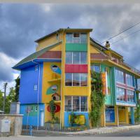 The Colourful Mansion Hotel, hotel v destinácii Ahtopol