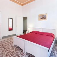 Guest House L'Aranceto </h2 </a <div class=sr-card__item sr-card__item--badges <div class=m-badge m-badge__preferred m-badge__preferred--moved m-badge__preferred--small <span data-et-view=TPOaXGZCHQGPGJIMADXRT:1</span <svg aria-hidden=true class=bk-icon -iconset-thumbs_up_square  pp-icon-valign--inherit fill=#FEBB02 height=20 rel=300 width=20<use xlink:href=#icon-iconset-thumbs_up_square</use</svg </div <div class=sr-card__item__review-score style=padding: 8px 0  <div class=bui-review-score c-score bui-review-score--inline bui-review-score--smaller <div class=bui-review-score__badge aria-label=8,7 pontos 8,7 </div <div class=bui-review-score__content <div class=bui-review-score__title Mesés </div <div class=bui-review-score__text 217 értékelés </div </div </div   </div </div <div data-component=deals-container data-deals=[] data-deals-other=[] data-layout=horizontal data-max-elements=3 data-no-tooltips=1 data-use-drawer= data-prevent-propagation=0 class=c-deals-container   <div class=c-deals-container__inner-box    </div </div <div class=sr-card__item   data-ga-track=click data-ga-category=SR Card Click data-ga-action=Hotel location data-ga-label=book_window: 10 day(s)  <svg aria-hidden=true class=bk-icon -streamline-geo_pin sr_svg__card_icon focusable=false height=12 role=presentation width=12<use xlink:href=#icon-streamline-geo_pin</use</svg <div class= sr-card__item__content   Porta al Prato negyed, Firenze </div </div <div data-et-view= OLBdJbGNNMMfPESHbfALbLEHFO:1  </div </div <div class= sr-card__price m_sr_card__price_with_unit_name sr-card-color-constructive-dark   <div class=m_sr_card__price_unit_name m_sr_card__price_small m_sr_card__price_unit_name-bold  data-et-view=HZUGOQQBSXVVFEfVafFRWe:1 Szoba 2 fős emeletes ággyal és közös fürdőszobával </div <div class=mpc-wrapper bui-price-display mpc-sr-default-assembly-wrapper <div class=mpc-ltr-right-align-helper sr_price_wrap <div class=bui-price-display__value mpc-inline-block-maker-helper mpc-color_dark-green-helper TL 238 </div </div <div class=mpc-ltr-right-align-helper <div class=prd-taxes-and-fees-under-price mpc-inline-block-maker-helper blockuid- data-excl-charges-raw=65.5815811506075 data-cur-stage=2  +TL 66-nyi adó és díj  </div  </div </div <div data-component=earn-credits class=c-earn-credits c-earn-credits_space_top_and_bottom data-earn-credits-raw= data-prevent-propagation=  </div <p class=urgency_price   <span class=sr_simple_card_price_from sr_simple_card_price_includes--text data-ga-track=click data-ga-category=SR Card Click data-ga-action=Hotel price persuasion data-ga-label=book_window: 10 day(s)  <span class=u-font-weight-boldCsak 1 ilyen van oldalunkon</span </span </p <div class=  m_sr_card_policies bui-f-color-constructive m_sr_card_policies_strong    </div  <p class=  m_sr_card_policies bui-f-color-constructive  css-loading-hidden e2e-free-cancellation  data-et-view=HZUGOQQBSXVVFEfVafFRWe:1 HZUGOQQBSXVVFEfVafFRWe:2   <span class=sr-card__item--strongINGYEN lemondható</span   </p <p class=  m_sr_card_policies bui-f-color-constructive  css-loading-hidden e2e-no-prepayment  <span class=u-display-block u-font-weight-boldNEM KELL ELŐREFIZETNIE</span - ráér a szálláson fizetni </p  </div </div </div </li <li data-et-view=NAFLeNIJWPHDDHUSeZRBUfFAeFaMEAbbMVaXT:1</li <li id=hotel_312214 data-is-in-favourites=0 data-hotel-id='312214' class=sr-card sr-card--arrow bui-card bui-u-bleed@small js-sr-card m_sr_info_icons card-halved card-halved--active   <div data-href=/hotel/it/max-apartments.hu.html?label=gen173nr-1FCAQoggJCCmRpc3RyaWN0X1hIEVgEaOQBiAEBmAERuAEYyAEF2AEB6AEB-AEDiAIBqAIEuALBmKz5BcACAdICJGI1MzhmYjliLThmNmItNDQ2Yi04ZmE5LWMxNGRlNjkwMTNjN9gCBeACAQ&sid=a08512116c7c33f6ca0ed5f6e3bb6e80&all_sr_blocks=31221401_272297147_0_0_0&checkin=2020-08-15&checkout=2020-08-16&dest_type=district&group_adults=2&group_children=0&hapos=2&highlighted_blocks=31221401_272297147_0_0_0&hpos=2&nflt=pri%3D&no_rooms=1&sr_order=price&sr_pri_blocks=31221401_272297147_0_0_0__2999&srepoch=1596656705&srpvid=6c9d8ae0e1680230&ucfs=1&matching_block_id=31221401_272297147_0_0_0&ref_is_wl=1&srhp=1 onclick=window.open(this.getAttribute('data-href')); target=_blank class=sr-card__row bui-card__content data-et-click= data-et-view=  <div class=sr-card__image js-sr_simple_card_hotel_image has-debolded-deal js-lazy-image sr-card__image--lazy data-src=https://q-cf.bstatic.com/xdata/images/hotel/square200/56089563.jpg?k=ab4da35ada21182122c6ba852eaf8e4c5f62608c4cf17aeaebaae2024e43b962&o=&s=1,https://q-cf.bstatic.com/xdata/images/hotel/max1024x768/56089563.jpg?k=4833048ae3e6638f3312a3aebc2755feb849006dde0f3caf32a8bdb9f581ee9e&o=&s=1  <div class=sr-card__image-inner css-loading-hidden </div <noscript <div class=sr-card__image--nojs style=background-image: url('https://q-cf.bstatic.com/xdata/images/hotel/square200/56089563.jpg?k=ab4da35ada21182122c6ba852eaf8e4c5f62608c4cf17aeaebaae2024e43b962&o=&s=1')</div </noscript </div <div class=sr-card__details data-et-click=customGoal:OLBEUbLQFXaCDHJcXe:1   <div class=sr-card_details__inner <a href=/hotel/it/max-apartments.hu.html?label=gen173nr-1FCAQoggJCCmRpc3RyaWN0X1hIEVgEaOQBiAEBmAERuAEYyAEF2AEB6AEB-AEDiAIBqAIEuALBmKz5BcACAdICJGI1MzhmYjliLThmNmItNDQ2Yi04ZmE5LWMxNGRlNjkwMTNjN9gCBeACAQ&sid=a08512116c7c33f6ca0ed5f6e3bb6e80&all_sr_blocks=31221401_272297147_0_0_0&checkin=2020-08-15&checkout=2020-08-16&dest_type=district&group_adults=2&group_children=0&hapos=2&highlighted_blocks=31221401_272297147_0_0_0&hpos=2&nflt=pri%3D&no_rooms=1&sr_order=price&sr_pri_blocks=31221401_272297147_0_0_0__2999&srepoch=1596656705&srpvid=6c9d8ae0e1680230&ucfs=1&matching_block_id=31221401_272297147_0_0_0&ref_is_wl=1&srhp=1 onclick=event.stopPropagation(); target=_blank <h2 class=sr-card__name u-margin:0 u-padding:0 data-ga-track=click data-ga-category=SR Card Click data-ga-action=Hotel name data-ga-label=book_window: 10 day(s)  Max Apartments </h2 </a <div class=sr-card__item sr-card__item--badges <div class= sr-card__badge sr-card__badge--class u-margin:0  data-ga-track=click data-ga-category=SR Card Click data-ga-action=Hotel rating data-ga-label=book_window: 10 day(s)  <span class=bh-quality-bars bh-quality-bars--small   <svg class=bk-icon -iconset-square_rating fill=#FEBB02 height=12 width=12<use xlink:href=#icon-iconset-square_rating</use</svg<svg class=bk-icon -iconset-square_rating fill=#FEBB02 height=12 width=12<use xlink:href=#icon-iconset-square_rating</use</svg<svg class=bk-icon -iconset-square_rating fill=#FEBB02 height=12 width=12<use xlink:href=#icon-iconset-square_rating</use</svg </span </div   <span data-et-view=OLBEUbLQFXaCDHJcXe:1</span <div class=sr-card__item__review-score style=padding: 8px 0  <div class=bui-review-score c-score bui-review-score--inline bui-review-score--smaller <div class=bui-review-score__badge aria-label=6,8 pontos 6,8 </div <div class=bui-review-score__content <div class=bui-review-score__title Kellemes </div <div class=bui-review-score__text 649 értékelés </div </div </div   </div </div <div data-component=deals-container data-deals=[] data-deals-other=[] data-layout=horizontal data-max-elements=3 data-no-tooltips=1 data-use-drawer= data-prevent-propagation=0 class=c-deals-container   <div class=c-deals-container__inner-box    </div </div <div class=sr-card__item   data-ga-track=click data-ga-category=SR Card Click data-ga-action=Hotel location data-ga-label=book_window: 10 day(s)  <svg aria-hidden=true class=bk-icon -streamline-geo_pin sr_svg__card_icon focusable=false height=12 role=presentation width=12<use xlink:href=#icon-streamline-geo_pin</use</svg <div class= sr-card__item__content   San Lorenzo negyed, Firenze • Innen  -re van Porta al Prato negyed </div </div </div <div class= sr-card__price m_sr_card__price_with_unit_name sr-card-color-constructive-dark   <div class=m_sr_card__price_unit_name m_sr_card__price_small m_sr_card__price_unit_name-bold  data-et-view=HZUGOQQBSXVVFEfVafFRWe:1 Zanobi stúdióapartman  </div <div class=mpc-wrapper bui-price-display mpc-sr-default-assembly-wrapper <div class=mpc-ltr-right-align-helper sr_price_wrap <div class=bui-price-display__value mpc-inline-block-maker-helper mpc-color_dark-green-helper TL 246 </div </div <div class=mpc-ltr-right-align-helper <div class=prd-taxes-and-fees-under-price mpc-inline-block-maker-helper blockuid- data-excl-charges-raw=434.477975122775 data-cur-stage=2  +TL 434-nyi adó és díj  </div  </div </div <div data-component=earn-credits class=c-earn-credits c-earn-credits_space_top_and_bottom data-earn-credits-raw= data-prevent-propagation=  </div <p class=urgency_price   <span class=sr_simple_card_price_from sr_simple_card_price_includes--text data-ga-track=click data-ga-category=SR Card Click data-ga-action=Hotel price persuasion data-ga-label=book_window: 10 day(s)  <span class=u-font-weight-boldCsak 2 ilyen van oldalunkon</span </span </p <div class=  m_sr_card_policies bui-f-color-constructive m_sr_card_policies_strong    </div  <p class=  m_sr_card_policies bui-f-color-constructive  css-loading-hidden e2e-free-cancellation  data-et-view=HZUGOQQBSXVVFEfVafFRWe:1 HZUGOQQBSXVVFEfVafFRWe:2   <span class=sr-card__item--strongINGYEN lemondható</span   </p <p class=  m_sr_card_policies bui-f-color-constructive  css-loading-hidden e2e-no-prepayment  <span class=u-display-block u-font-weight-boldNEM KELL ELŐREFIZETNIE</span - ráér a szálláson fizetni </p  </div </div </div </li <li class=bui-card bui-u-bleed@small bh-quality-sr-explanation-card <div class=bh-quality-sr-explanation  <span class=bh-quality-bars bh-quality-bars--small   <svg class=bk-icon -iconset-square_rating fill=#FEBB02 height=12 width=12<use xlink:href=#icon-iconset-square_rating</use</svg<svg class=bk-icon -iconset-square_rating fill=#FEBB02 height=12 width=12<use xlink:href=#icon-iconset-square_rating</use</svg<svg class=bk-icon -iconset-square_rating fill=#FEBB02 height=12 width=12<use xlink:href=#icon-iconset-square_rating</use</svg </span A Booking.com új magánszállásokat és apartmanokhoz hasonló szállástípusokat besoroló rendszere. <button type=button class=bui-link bui-link--primary aria-label=Open Modal data-modal-id=bh_quality_learn_more data-bui-component=Modal data-et-click=customGoal:NAFLeNIJWPHDDHUSeZRBUfFAeFaMEAbbMVaXT:1  <span class=bui-button__textRészletek</span </button </div <template id=bh_quality_learn_more <header class=bui-modal__header <h1 class=bui-modal__title id=myModal-title data-bui-ref=modal-title Minőségi besorolás </h1 </header <div class=bui-modal__body bui-modal__body--primary bh-quality-modal <h3 class=bh-quality-modal__heading <span class=bh-quality-bars bh-quality-bars--small   <svg class=bk-icon -iconset-square_rating fill=#FEBB02 height=12 width=12<use xlink:href=#icon-iconset-square_rating</use</svg<svg class=bk-icon -iconset-square_rating fill=#FEBB02 height=12 width=12<use xlink:href=#icon-iconset-square_rating</use</svg<svg class=bk-icon -iconset-square_rating fill=#FEBB02 height=12 width=12<use xlink:href=#icon-iconset-square_rating</use</svg<svg class=bk-icon -iconset-square_rating fill=#FEBB02 height=12 width=12<use xlink:href=#icon-iconset-square_rating</use</svg<svg class=bk-icon -iconset-square_rating fill=#FEBB02 height=12 width=12<use xlink:href=#icon-iconset-square_rating</use</svg </span