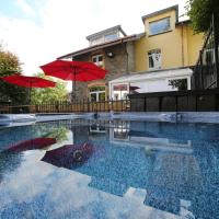 Dolce Villa Pool and Wellness
