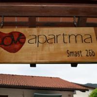 Apartment Love Smast