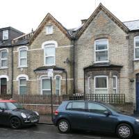 Veeve - House Studland Street - Hammersmith