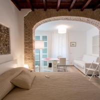 Domenichino Luxury Home