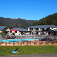 Linkwater Motel and Backpackers