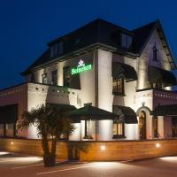 Hotel-Restaurant Unicum Elzenhagen </h2 </a <div class=sr-card__item sr-card__item--badges <div class= sr-card__badge sr-card__badge--class u-margin:0  data-ga-track=click data-ga-category=SR Card Click data-ga-action=Hotel rating data-ga-label=book_window:  day(s)  <i class= bk-icon-wrapper bk-icon-stars star_track  title=4-sterren  <svg aria-hidden=true class=bk-icon -sprite-ratings_stars_4 focusable=false height=10 width=43<use xlink:href=#icon-sprite-ratings_stars_4</use</svg                     <span class=invisible_spoken4-sterren</span </i </div   <div style=padding: 2px 0  <div class=bui-review-score c-score bui-review-score--smaller <div class=bui-review-score__badge aria-label=Score 8,3 8,3 </div <div class=bui-review-score__content <div class=bui-review-score__title Erg goed </div </div </div   </div </div <div class=sr-card__item   data-ga-track=click data-ga-category=SR Card Click data-ga-action=Hotel location data-ga-label=book_window:  day(s)  <svg alt=Locatie accommodatie class=bk-icon -iconset-geo_pin sr_svg__card_icon height=12 width=12<use xlink:href=#icon-iconset-geo_pin</use</svg <div class= sr-card__item__content   Poeldijk • <span 1,1 km </span  van het centrum </div </div </div </div </div </li <div data-et-view=cJaQWPWNEQEDSVWe:1</div <li id=hotel_171043 data-is-in-favourites=0 data-hotel-id='171043' class=sr-card sr-card--arrow bui-card bui-u-bleed@small js-sr-card m_sr_info_icons card-halved card-halved--active   <div data-href=/hotel/nl/saint-vinvcent.nl.html onclick=window.open(this.getAttribute('data-href')); target=_blank class=sr-card__row bui-card__content data-et-click=  <div class=sr-card__image js-sr_simple_card_hotel_image has-debolded-deal js-lazy-image sr-card__image--lazy data-src=https://q-cf.bstatic.com/xdata/images/hotel/square200/87905135.jpg?k=0c7df855c7221956ccffda48146c1175e61e7d14d323deabaf7edc941960d9ba&o=&s=1,https://q-cf.bstatic.com/xdata/images/hotel/max1024x768/87905135.jpg?k=03c5468ad100c30c2324c09d39fa35397080f4