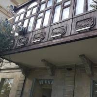 Apartment Neftchilar Prospect 5