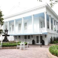 The Magnolia Mansion