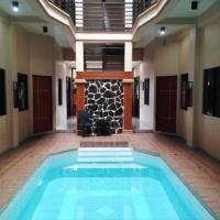 Hidden Pearl Hotel (Janus Luxury Suites)