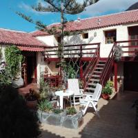 Finca Patio Canario, hotel in Arona