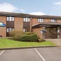 Days Inn Hotel Sedgemoor </h2 </a <div class=sr-card__item sr-card__item--badges <div class= sr-card__badge sr-card__badge--class u-margin:0  data-ga-track=click data-ga-category=SR Card Click data-ga-action=Hotel rating data-ga-label=book_window:  day(s)  <i class= bk-icon-wrapper bk-icon-stars star_track  title=3 stars  <svg aria-hidden=true class=bk-icon -sprite-ratings_stars_3 focusable=false height=10 width=32<use xlink:href=#icon-sprite-ratings_stars_3</use</svg                     <span class=invisible_spoken3 stars</span </i </div   <div style=padding: 2px 0  <div class=bui-review-score c-score bui-review-score--smaller <div class=bui-review-score__badge aria-label=Scored 8.3  8.3 </div <div class=bui-review-score__content <div class=bui-review-score__title Very good </div </div </div   </div </div <div class=sr-card__item   data-ga-track=click data-ga-category=SR Card Click data-ga-action=Hotel location data-ga-label=book_window:  day(s)  <svg alt=Property location  class=bk-icon -iconset-geo_pin sr_svg__card_icon height=12 width=12<use xlink:href=#icon-iconset-geo_pin</use</svg <div class= sr-card__item__content   Rooks Bridge • <span 650 yards </span  from centre </div </div </div </div </div </li <div data-et-view=cJaQWPWNEQEDSVWe:1</div <li id=hotel_1900065 data-is-in-favourites=0 data-hotel-id='1900065' class=sr-card sr-card--arrow bui-card bui-u-bleed@small js-sr-card m_sr_info_icons card-halved card-halved--active   <div data-href=/hotel/gb/otters-39-lodge.en-gb.html onclick=window.open(this.getAttribute('data-href')); target=_blank class=sr-card__row bui-card__content data-et-click=  <div class=sr-card__image js-sr_simple_card_hotel_image has-debolded-deal js-lazy-image sr-card__image--lazy data-src=https://r-cf.bstatic.com/xdata/images/hotel/square200/75726091.jpg?k=5544d171673d7e256fe269a7ceed1d291b0e9cb2ac18fcaec9544df0fb36167a&o=&s=1,https://q-cf.bstatic.com/xdata/images/hotel/max1024x768/75726091.jpg?k=378d0a65be6eff9edd288e3bb544c6466997cd658f