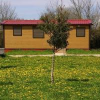 Bungalows Granja Escuela Arlanzón </h2 </a <div class=sr-card__item sr-card__item--badges <div class= sr-card__badge sr-card__badge--class u-margin:0  data-ga-track=click data-ga-category=SR Card Click data-ga-action=Hotel rating data-ga-label=book_window:  day(s)  <i class= bk-icon-wrapper bk-icon-stars star_track  title=1 zvjezdica  <svg aria-hidden=true class=bk-icon -sprite-ratings_stars_1 focusable=false height=10 width=10<use xlink:href=#icon-sprite-ratings_stars_1</use</svg                     <span class=invisible_spoken1 zvjezdica</span </i </div   <div style=padding: 2px 0  <div class=bui-review-score c-score bui-review-score--smaller <div class=bui-review-score__badge aria-label=Ocijenjeno s 8,2  8,2 </div <div class=bui-review-score__content <div class=bui-review-score__title Vrlo dobar </div </div </div   </div </div <div class=sr-card__item   data-ga-track=click data-ga-category=SR Card Click data-ga-action=Hotel location data-ga-label=book_window:  day(s)  <svg alt=Lokacija objekta class=bk-icon -iconset-geo_pin sr_svg__card_icon height=12 width=12<use xlink:href=#icon-iconset-geo_pin</use</svg <div class= sr-card__item__content   Arlanzón • <span 950 m </span  od centra </div </div </div </div </div </li <div data-et-view=cJaQWPWNEQEDSVWe:1</div <li id=hotel_843240 data-is-in-favourites=0 data-hotel-id='843240' class=sr-card sr-card--arrow bui-card bui-u-bleed@small js-sr-card m_sr_info_icons card-halved card-halved--active   <div data-href=/hotel/es/casa-rural-bigotes.hr.html onclick=window.open(this.getAttribute('data-href')); target=_blank class=sr-card__row bui-card__content data-et-click=  <div class=sr-card__image js-sr_simple_card_hotel_image has-debolded-deal js-lazy-image sr-card__image--lazy data-src=https://q-cf.bstatic.com/xdata/images/hotel/square200/24999550.jpg?k=e1f33af8bc22df51fba0ce214e3eddd0a39e81079ee2c9b25f233c1901a8baa0&o=&s=1,https://r-cf.bstatic.com/xdata/images/hotel/max1024x768/24999550.jpg?k=5b7d12bb446f2da4e2c609ceeb85bfec2edd71c6fc1b3c4072e716fff823c485&o=&s=1  <div class=sr-card__image-inner css-loading-hidden </div <noscript <div class=sr-card__image--nojs style=background-image: url('https://q-cf.bstatic.com/xdata/images/hotel/square200/24999550.jpg?k=e1f33af8bc22df51fba0ce214e3eddd0a39e81079ee2c9b25f233c1901a8baa0&o=&s=1')</div </noscript </div <div class=sr-card__details data-et-click=     data-et-view=  <div class=sr-card_details__inner <a href=/hotel/es/casa-rural-bigotes.hr.html onclick=event.stopPropagation(); target=_blank <h2 class=sr-card__name u-margin:0 u-padding:0 data-ga-track=click data-ga-category=SR Card Click data-ga-action=Hotel name data-ga-label=book_window:  day(s)  Casa Rural Bigotes </h2 </a <div class=sr-card__item sr-card__item--badges <div class= sr-card__badge sr-card__badge--class u-margin:0  data-ga-track=click data-ga-category=SR Card Click data-ga-action=Hotel rating data-ga-label=book_window:  day(s)  <i class= bk-icon-wrapper bk-icon-stars star_track  title=4 zvjezdica  <svg aria-hidden=true class=bk-icon -sprite-ratings_stars_4 focusable=false height=10 width=43<use xlink:href=#icon-sprite-ratings_stars_4</use</svg                     <span class=invisible_spoken4 zvjezdica</span </i </div   <div style=padding: 2px 0    </div </div <div class=sr-card__item   data-ga-track=click data-ga-category=SR Card Click data-ga-action=Hotel location data-ga-label=book_window:  day(s)  <svg alt=Lokacija objekta class=bk-icon -iconset-geo_pin sr_svg__card_icon height=12 width=12<use xlink:href=#icon-iconset-geo_pin</use</svg <div class= sr-card__item__content   Arlanzón • <span 100 m </span  od centra </div </div </div </div </div </li <div data-et-view=cJaQWPWNEQEDSVWe:1</div <li class=bui-spacer--medium <div class=bui-alert bui-alert--info bui-u-bleed@small role=status data-e2e=auto_extension_banner <span class=icon--hint bui-alert__icon role=presentation <svg class=bk-icon -iconset-info_sign height=24 role=presentation width=24<use xlink:href=#icon-iconset-info_sign</use</svg </span <div class=bui-alert__description <p class=bui-alert__text <spanSavjet:</span pokušajte s ovim obližnjim objektima...  </p </div </div </li <li id=hotel_849456 data-is-in-favourites=0 data-hotel-id='849456' class=sr-card sr-card--arrow bui-card bui-u-bleed@small js-sr-card m_sr_info_icons card-halved card-halved--active   <div data-href=/hotel/es/centro-de-turismo-rural-papasol.hr.html onclick=window.open(this.getAttribute('data-href')); target=_blank class=sr-card__row bui-card__content data-et-click=  <div class=sr-card__image js-sr_simple_card_hotel_image has-debolded-deal js-lazy-image sr-card__image--lazy data-src=https://r-cf.bstatic.com/xdata/images/hotel/square200/24998777.jpg?k=d7422f602a93929e4b7cd0d18f7d3b422019bd4908696a1968e2187d248890a2&o=&s=1,https://q-cf.bstatic.com/xdata/images/hotel/max1024x768/24998777.jpg?k=ffe3ae25187a0899a0ca2c73236e5d32e56aaff310475bb19c15262f12dbc05b&o=&s=1  <div class=sr-card__image-inner css-loading-hidden </div <noscript <div class=sr-card__image--nojs style=background-image: url('https://r-cf.bstatic.com/xdata/images/hotel/square200/24998777.jpg?k=d7422f602a93929e4b7cd0d18f7d3b422019bd4908696a1968e2187d248890a2&o=&s=1')</div </noscript </div <div class=sr-card__details data-et-click=     data-et-view=  <div class=sr-card_details__inner <a href=/hotel/es/centro-de-turismo-rural-papasol.hr.html onclick=event.stopPropagation(); target=_blank <h2 class=sr-card__name u-margin:0 u-padding:0 data-ga-track=click data-ga-category=SR Card Click data-ga-action=Hotel name data-ga-label=book_window:  day(s)  Hotel Rural Papasol </h2 </a <div class=sr-card__item sr-card__item--badges <div style=padding: 2px 0  <div class=bui-review-score c-score bui-review-score--smaller <div class=bui-review-score__badge aria-label=Ocijenjeno s 7,3  7,3 </div <div class=bui-review-score__content <div class=bui-review-score__title Dobar </div </div </div   </div </div <div class=sr-card__item   data-ga-track=click data-ga-category=SR Card Click data-ga-action=Hotel location data-ga-label=book_window:  day(s)  <svg alt=Lokacija objekta class=bk-icon -iconset-geo_pin sr_svg__card_icon height=12 width=12<use xlink:href=#icon-iconset-geo_pin</use</svg <div class= sr-card__item__content   <strong class='sr-card__item--strong'Atapuerca</strong • <span 7 km </span  od Arlanzón </div </div </div </div </div </li <div data-et-view=cJaQWPWNEQEDSVWe:1</div <li id=hotel_91019 data-is-in-favourites=0 data-hotel-id='91019' class=sr-card sr-card--arrow bui-card bui-u-bleed@small js-sr-card m_sr_info_icons card-halved card-halved--active   <div data-href=/hotel/es/norteylondres.hr.html onclick=window.open(this.getAttribute('data-href')); target=_blank class=sr-card__row bui-card__content data-et-click=  <div class=sr-card__image js-sr_simple_card_hotel_image has-debolded-deal js-lazy-image sr-card__image--lazy data-src=https://q-cf.bstatic.com/xdata/images/hotel/square200/7387630.jpg?k=bae0bd27d8c9c79e9a183d14625de75c2e7b9c1f0456210296f66197333a969e&o=&s=1,https://r-cf.bstatic.com/xdata/images/hotel/max1024x768/7387630.jpg?k=06906369b5c76d37b43e07b54ab79d6f9f52a68dc4c72d2c15dffeee2bb8b138&o=&s=1  <div class=sr-card__image-inner css-loading-hidden </div <noscript <div class=sr-card__image--nojs style=background-image: url('https://q-cf.bstatic.com/xdata/images/hotel/square200/7387630.jpg?k=bae0bd27d8c9c79e9a183d14625de75c2e7b9c1f0456210296f66197333a969e&o=&s=1')</div </noscript </div <div class=sr-card__details data-et-click=     data-et-view=  <div class=sr-card_details__inner <a href=/hotel/es/norteylondres.hr.html onclick=event.stopPropagation(); target=_blank <h2 class=sr-card__name u-margin:0 u-padding:0 data-ga-track=click data-ga-category=SR Card Click data-ga-action=Hotel name data-ga-label=book_window:  day(s)  Hotel Norte y Londres </h2 </a <div class=sr-card__item sr-card__item--badges <div class= sr-card__badge sr-card__badge--class u-margin:0  data-ga-track=click data-ga-category=SR Card Click data-ga-action=Hotel rating data-ga-label=book_window:  day(s)  <i class= bk-icon-wrapper bk-icon-stars star_track  title=2 zvjezdica  <svg aria-hidden=true class=bk-icon -sprite-ratings_stars_2 focusable=false height=10 width=21<use xlink:href=#icon-sprite-ratings_stars_2</use</svg                     <span class=invisible_spoken2 zvjezdica</span </i </div   <div style=padding: 2px 0  <div class=bui-review-score c-score bui-review-score--smaller <div class=bui-review-score__badge aria-label=Ocijenjeno s 8,3  8,3 </div <div class=bui-review-score__content <div class=bui-review-score__title Vrlo dobar </div </div </div   </div </div <div class=sr-card__item   data-ga-track=click data-ga-category=SR Card Click data-ga-action=Hotel location data-ga-label=book_window:  day(s)  <svg alt=Lokacija objekta class=bk-icon -iconset-geo_pin sr_svg__card_icon height=12 width=12<use xlink:href=#icon-iconset-geo_pin</use</svg <div class= sr-card__item__content   <strong class='sr-card__item--strong'Burgos</strong • <span 20 km </span  od Arlanzón </div </div </div </div </div </li <div data-et-view=cJaQWPWNEQEDSVWe:1</div <li id=hotel_91557 data-is-in-favourites=0 data-hotel-id='91557' class=sr-card sr-card--arrow bui-card bui-u-bleed@small js-sr-card m_sr_info_icons card-halved card-halved--active   <div data-href=/hotel/es/husaarlanzon.hr.html onclick=window.open(this.getAttribute('data-href')); target=_blank class=sr-card__row bui-card__content data-et-click=  <div class=sr-card__image js-sr_simple_card_hotel_image has-debolded-deal js-lazy-image sr-card__image--lazy data-src=https://q-cf.bstatic.com/xdata/images/hotel/square200/207200697.jpg?k=f0d32030bc3106afedd92377b2ff443fcd8ab616a58d3aaf21ff934edf5e4d43&o=&s=1,https://r-cf.bstatic.com/xdata/images/hotel/max1024x768/207200697.jpg?k=facd0234de122107471cef53f3f5c2160641095f7e93910e2cdbf127d17912c8&o=&s=1  <div class=sr-card__image-inner css-loading-hidden </div <noscript <div class=sr-card__image--nojs style=background-image: url('https://q-cf.bstatic.com/xdata/images/hotel/square200/207200697.jpg?k=f0d32030bc3106afedd92377b2ff443fcd8ab616a58d3aaf21ff934edf5e4d43&o=&s=1')</div </noscript </div <div class=sr-card__details data-et-click=     data-et-view=  <div class=sr-card_details__inner <a href=/hotel/es/husaarlanzon.hr.html onclick=event.stopPropagation(); target=_blank <h2 class=sr-card__name u-margin:0 u-padding:0 data-ga-track=click data-ga-category=SR Card Click data-ga-action=Hotel name data-ga-label=book_window:  day(s)  Hotel Bulevar Burgos </h2 </a <div class=sr-card__item sr-card__item--badges <div class= sr-card__badge sr-card__badge--class u-margin:0  data-ga-track=click data-ga-category=SR Card Click data-ga-action=Hotel rating data-ga-label=book_window:  day(s)  <i class= bk-icon-wrapper bk-icon-stars star_track  title=3 zvjezdica  <svg aria-hidden=true class=bk-icon -sprite-ratings_stars_3 focusable=false height=10 width=32<use xlink:href=#icon-sprite-ratings_stars_3</use</svg                     <span class=invisible_spoken3 zvjezdica</span </i </div   <div style=padding: 2px 0  <div class=bui-review-score c-score bui-review-score--smaller <div class=bui-review-score__badge aria-label=Ocijenjeno s 8,2  8,2 </div <div class=bui-review-score__content <div class=bui-review-score__title Vrlo dobar </div </div </div   </div </div <div class=sr-card__item   data-ga-track=click data-ga-category=SR Card Click data-ga-action=Hotel location data-ga-label=book_window:  day(s)  <svg alt=Lokacija objekta class=bk-icon -iconset-geo_pin sr_svg__card_icon height=12 width=12<use xlink:href=#icon-iconset-geo_pin</use</svg <div class= sr-card__item__content   <strong class='sr-card__item--strong'Burgos</strong • <span 20 km </span  od Arlanzón </div </div </div </div </div </li <div data-et-view=cJaQWPWNEQEDSVWe:1</div <li id=hotel_2524293 data-is-in-favourites=0 data-hotel-id='2524293' class=sr-card sr-card--arrow bui-card bui-u-bleed@small js-sr-card m_sr_info_icons card-halved card-halved--active   <div data-href=/hotel/es/el-palomar-de-atapuerca.hr.html onclick=window.open(this.getAttribute('data-href')); target=_blank class=sr-card__row bui-card__content data-et-click=  <div class=sr-card__image js-sr_simple_card_hotel_image has-debolded-deal js-lazy-image sr-card__image--lazy data-src=https://r-cf.bstatic.com/xdata/images/hotel/square200/114346810.jpg?k=18088fc1a2831367b0daddc912579633b8067acf160a7299be10631a93b33a3d&o=&s=1,https://q-cf.bstatic.com/xdata/images/hotel/max1024x768/114346810.jpg?k=73937e77215bc58c15bea6a86e008221e19f3ff1a1531445e9cf009ad6c100dd&o=&s=1  <div class=sr-card__image-inner css-loading-hidden </div <noscript <div class=sr-card__image--nojs style=background-image: url('https://r-cf.bstatic.com/xdata/images/hotel/square200/114346810.jpg?k=18088fc1a2831367b0daddc912579633b8067acf160a7299be10631a93b33a3d&o=&s=1')</div </noscript </div <div class=sr-card__details data-et-click=     data-et-view=  <div class=sr-card_details__inner <a href=/hotel/es/el-palomar-de-atapuerca.hr.html onclick=event.stopPropagation(); target=_blank <h2 class=sr-card__name u-margin:0 u-padding:0 data-ga-track=click data-ga-category=SR Card Click data-ga-action=Hotel name data-ga-label=book_window:  day(s)  El Palomar de Atapuerca </h2 </a <div class=sr-card__item sr-card__item--badges <div style=padding: 2px 0  <div class=bui-review-score c-score bui-review-score--smaller <div class=bui-review-score__badge aria-label=Ocijenjeno s 7,5  7,5 </div <div class=bui-review-score__content <div class=bui-review-score__title Dobar </div </div </div   </div </div <div class=sr-card__item   data-ga-track=click data-ga-category=SR Card Click data-ga-action=Hotel location data-ga-label=book_window:  day(s)  <svg alt=Lokacija objekta class=bk-icon -iconset-geo_pin sr_svg__card_icon height=12 width=12<use xlink:href=#icon-iconset-geo_pin</use</svg <div class= sr-card__item__content   <strong class='sr-card__item--strong'Atapuerca</strong • <span 7 km </span  od Arlanzón </div </div </div </div </div </li <div data-et-view=cJaQWPWNEQEDSVWe:1</div <li id=hotel_1661626 data-is-in-favourites=0 data-hotel-id='1661626' class=sr-card sr-card--arrow bui-card bui-u-bleed@small js-sr-card m_sr_info_icons card-halved card-halved--active   <div data-href=/hotel/es/la-alpargateria.hr.html onclick=window.open(this.getAttribute('data-href')); target=_blank class=sr-card__row bui-card__content data-et-click=  <div class=sr-card__image js-sr_simple_card_hotel_image has-debolded-deal js-lazy-image sr-card__image--lazy data-src=https://q-cf.bstatic.com/xdata/images/hotel/square200/188264051.jpg?k=6d5b1cdbf3e1b2a96ce9140cc8c93594211c7cdb046d93e1b8bdcf7948e129e7&o=&s=1,https://q-cf.bstatic.com/xdata/images/hotel/max1024x768/188264051.jpg?k=8b74743e50f0da4962c5c0ab35fab2d64903bcf84c699a56c17ddddd5c561f5c&o=&s=1  <div class=sr-card__image-inner css-loading-hidden </div <noscript <div class=sr-card__image--nojs style=background-image: url('https://q-cf.bstatic.com/xdata/images/hotel/square200/188264051.jpg?k=6d5b1cdbf3e1b2a96ce9140cc8c93594211c7cdb046d93e1b8bdcf7948e129e7&o=&s=1')</div </noscript </div <div class=sr-card__details data-et-click=     data-et-view=  <div class=sr-card_details__inner <a href=/hotel/es/la-alpargateria.hr.html onclick=event.stopPropagation(); target=_blank <h2 class=sr-card__name u-margin:0 u-padding:0 data-ga-track=click data-ga-category=SR Card Click data-ga-action=Hotel name data-ga-label=book_window:  day(s)  La Alpargateria </h2 </a <div class=sr-card__item sr-card__item--badges <div style=padding: 2px 0  <div class=bui-review-score c-score bui-review-score--smaller <div class=bui-review-score__badge aria-label=Ocijenjeno s 8,6  8,6 </div <div class=bui-review-score__content <div class=bui-review-score__title Sjajan </div </div </div   </div </div <div class=sr-card__item   data-ga-track=click data-ga-category=SR Card Click data-ga-action=Hotel location data-ga-label=book_window:  day(s)  <svg alt=Lokacija objekta class=bk-icon -iconset-geo_pin sr_svg__card_icon height=12 width=12<use xlink:href=#icon-iconset-geo_pin</use</svg <div class= sr-card__item__content   <strong class='sr-card__item--strong'Villafranca-Montes de Oca</strong • <span 14 km </span  od Arlanzón </div </div </div </div </div </li <div data-et-view=cJaQWPWNEQEDSVWe:1</div <li id=hotel_90494 data-is-in-favourites=0 data-hotel-id='90494' class=sr-card sr-card--arrow bui-card bui-u-bleed@small js-sr-card m_sr_info_icons card-halved card-halved--active   <div data-href=/hotel/es/abbaburgos.hr.html onclick=window.open(this.getAttribute('data-href')); target=_blank class=sr-card__row bui-card__content data-et-click=  <div class=sr-card__image js-sr_simple_card_hotel_image has-debolded-deal js-lazy-image sr-card__image--lazy data-src=https://r-cf.bstatic.com/xdata/images/hotel/square200/125135322.jpg?k=45caec9f7c7da2970715d986948d3c541cd23b6e42ed628198a2bb1ce176c300&o=&s=1,https://q-cf.bstatic.com/xdata/images/hotel/max1024x768/125135322.jpg?k=d214040714797353f14dfdfaadbdb29af1c571b7440d4c553680337b2b08a881&o=&s=1  <div class=sr-card__image-inner css-loading-hidden </div <noscript <div class=sr-card__image--nojs style=background-image: url('https://r-cf.bstatic.com/xdata/images/hotel/square200/125135322.jpg?k=45caec9f7c7da2970715d986948d3c541cd23b6e42ed628198a2bb1ce176c300&o=&s=1')</div </noscript </div <div class=sr-card__details data-et-click=     data-et-view=  <div class=sr-card_details__inner <a href=/hotel/es/abbaburgos.hr.html onclick=event.stopPropagation(); target=_blank <h2 class=sr-card__name u-margin:0 u-padding:0 data-ga-track=click data-ga-category=SR Card Click data-ga-action=Hotel name data-ga-label=book_window:  day(s)  Abba Burgos </h2 </a <div class=sr-card__item sr-card__item--badges <div class= sr-card__badge sr-card__badge--class u-margin:0  data-ga-track=click data-ga-category=SR Card Click data-ga-action=Hotel rating data-ga-label=book_window:  day(s)  <i class= bk-icon-wrapper bk-icon-stars star_track  title=4 zvjezdica  <svg aria-hidden=true class=bk-icon -sprite-ratings_stars_4 focusable=false height=10 width=43<use xlink:href=#icon-sprite-ratings_stars_4</use</svg                     <span class=invisible_spoken4 zvjezdica</span </i </div   <div style=padding: 2px 0  <div class=bui-review-score c-score bui-review-score--smaller <div class=bui-review-score__badge aria-label=Ocijenjeno s 8,8  8,8 </div <div class=bui-review-score__content <div class=bui-review-score__title Sjajan </div </div </div   </div </div <div class=sr-card__item   data-ga-track=click data-ga-category=SR Card Click data-ga-action=Hotel location data-ga-label=book_window:  day(s)  <svg alt=Lokacija objekta class=bk-icon -iconset-geo_pin sr_svg__card_icon height=12 width=12<use xlink:href=#icon-iconset-geo_pin</use</svg <div class= sr-card__item__content   <strong class='sr-card__item--strong'Burgos</strong • <span 20 km </span  od Arlanzón </div </div </div </div </div </li <div data-et-view=cJaQWPWNEQEDSVWe:1</div <li id=hotel_97457 data-is-in-favourites=0 data-hotel-id='97457' class=sr-card sr-card--arrow bui-card bui-u-bleed@small js-sr-card m_sr_info_icons card-halved card-halved--active   <div data-href=/hotel/es/abc-conde-de-miranda.hr.html onclick=window.open(this.getAttribute('data-href')); target=_blank class=sr-card__row bui-card__content data-et-click=  <div class=sr-card__image js-sr_simple_card_hotel_image has-debolded-deal js-lazy-image sr-card__image--lazy data-src=https://r-cf.bstatic.com/xdata/images/hotel/square200/81588948.jpg?k=da3d49abf4d1cad67fdd10db0ae41c2c092378c88df5ea965b0b335963a0527f&o=&s=1,https://q-cf.bstatic.com/xdata/images/hotel/max1024x768/81588948.jpg?k=747b211110bd0bfa5ff4109f65ce7932bcf6b2e522d38969b16ea4183c150fb3&o=&s=1  <div class=sr-card__image-inner css-loading-hidden </div <noscript <div class=sr-card__image--nojs style=background-image: url('https://r-cf.bstatic.com/xdata/images/hotel/square200/81588948.jpg?k=da3d49abf4d1cad67fdd10db0ae41c2c092378c88df5ea965b0b335963a0527f&o=&s=1')</div </noscript </div <div class=sr-card__details data-et-click=     data-et-view=  <div class=sr-card_details__inner <a href=/hotel/es/abc-conde-de-miranda.hr.html onclick=event.stopPropagation(); target=_blank <h2 class=sr-card__name u-margin:0 u-padding:0 data-ga-track=click data-ga-category=SR Card Click data-ga-action=Hotel name data-ga-label=book_window:  day(s)  Hostel Burgos </h2 </a <div class=sr-card__item sr-card__item--badges <div class= sr-card__badge sr-card__badge--class u-margin:0  data-ga-track=click data-ga-category=SR Card Click data-ga-action=Hotel rating data-ga-label=book_window:  day(s)  <i class= bk-icon-wrapper bk-icon-stars star_track  title=2 zvjezdica  <svg aria-hidden=true class=bk-icon -sprite-ratings_stars_2 focusable=false height=10 width=21<use xlink:href=#icon-sprite-ratings_stars_2</use</svg                     <span class=invisible_spoken2 zvjezdica</span </i </div   <div style=padding: 2px 0  <div class=bui-review-score c-score bui-review-score--smaller <div class=bui-review-score__badge aria-label=Ocijenjeno s 8,0  8,0 </div <div class=bui-review-score__content <div class=bui-review-score__title Vrlo dobar </div </div </div   </div </div <div class=sr-card__item   data-ga-track=click data-ga-category=SR Card Click data-ga-action=Hotel location data-ga-label=book_window:  day(s)  <svg alt=Lokacija objekta class=bk-icon -iconset-geo_pin sr_svg__card_icon height=12 width=12<use xlink:href=#icon-iconset-geo_pin</use</svg <div class= sr-card__item__content   <strong class='sr-card__item--strong'Burgos</strong • <span 20 km </span  od Arlanzón </div </div </div </div </div </li <div data-et-view=cJaQWPWNEQEDSVWe:1</div <li id=hotel_42346 data-is-in-favourites=0 data-hotel-id='42346' class=sr-card sr-card--arrow bui-card bui-u-bleed@small js-sr-card m_sr_info_icons card-halved card-halved--active   <div data-href=/hotel/es/camino-de-santiago.hr.html onclick=window.open(this.getAttribute('data-href')); target=_blank class=sr-card__row bui-card__content data-et-click=  <div class=sr-card__image js-sr_simple_card_hotel_image has-debolded-deal js-lazy-image sr-card__image--lazy data-src=https://q-cf.bstatic.com/xdata/images/hotel/square200/10809878.jpg?k=f49c228fb24682b5779a4f14764d0aca1bca4aeea6762bbb4c93e8d331a5b75a&o=&s=1,https://r-cf.bstatic.com/xdata/images/hotel/max1024x768/10809878.jpg?k=56fbe5d73494d779012657eedb51646e0b41e1e03545569f79a6d2b82519a2bb&o=&s=1  <div class=sr-card__image-inner css-loading-hidden </div <noscript <div class=sr-card__image--nojs style=background-image: url('https://q-cf.bstatic.com/xdata/images/hotel/square200/10809878.jpg?k=f49c228fb24682b5779a4f14764d0aca1bca4aeea6762bbb4c93e8d331a5b75a&o=&s=1')</div </noscript </div <div class=sr-card__details data-et-click=     data-et-view=  <div class=sr-card_details__inner <a href=/hotel/es/camino-de-santiago.hr.html onclick=event.stopPropagation(); target=_blank <h2 class=sr-card__name u-margin:0 u-padding:0 data-ga-track=click data-ga-category=SR Card Click data-ga-action=Hotel name data-ga-label=book_window:  day(s)  Hotel Camino de Santiago </h2 </a <div class=sr-card__item sr-card__item--badges <div class= sr-card__badge sr-card__badge--class u-margin:0  data-ga-track=click data-ga-category=SR Card Click data-ga-action=Hotel rating data-ga-label=book_window:  day(s)  <i class= bk-icon-wrapper bk-icon-stars star_track  title=3 zvjezdica  <svg aria-hidden=true class=bk-icon -sprite-ratings_stars_3 focusable=false height=10 width=32<use xlink:href=#icon-sprite-ratings_stars_3</use</svg                     <span class=invisible_spoken3 zvjezdica</span </i </div   <div style=padding: 2px 0  <div class=bui-review-score c-score bui-review-score--smaller <div class=bui-review-score__badge aria-label=Ocijenjeno s 8,0  8,0 </div <div class=bui-review-score__content <div class=bui-review-score__title Vrlo dobar </div </div </div   </div </div <div class=sr-card__item   data-ga-track=click data-ga-category=SR Card Click data-ga-action=Hotel location data-ga-label=book_window:  day(s)  <svg alt=Lokacija objekta class=bk-icon -iconset-geo_pin sr_svg__card_icon height=12 width=12<use xlink:href=#icon-iconset-geo_pin</use</svg <div class= sr-card__item__content   <strong class='sr-card__item--strong'Castrillo del Val</strong • <span 8 km </span  od Arlanzón </div </div </div </div </div </li <div data-et-view=cJaQWPWNEQEDSVWe:1</div <li id=hotel_1969140 data-is-in-favourites=0 data-hotel-id='1969140' data-lazy-load-nd class=sr-card sr-card--arrow bui-card bui-u-bleed@small js-sr-card m_sr_info_icons card-halved card-halved--active   <div data-href=/hotel/es/la-caraba-de-ibeas.hr.html onclick=window.open(this.getAttribute('data-href')); target=_blank class=sr-card__row bui-card__content data-et-click=  <div class=sr-card__image js-sr_simple_card_hotel_image has-debolded-deal js-lazy-image sr-card__image--lazy data-src=https://q-cf.bstatic.com/xdata/images/hotel/square200/217620597.jpg?k=ee4f988fc00248ae567783485c1ab5c7fc33f33d870e2f95735a0cb75b5aed44&o=&s=1,https://r-cf.bstatic.com/xdata/images/hotel/max1024x768/217620597.jpg?k=a15186243e2ee26ad137a94d5d89745350cc2753734dc8ed314d5c0e57f18754&o=&s=1  <div class=sr-card__image-inner css-loading-hidden </div <noscript <div class=sr-card__image--nojs style=background-image: url('https://q-cf.bstatic.com/xdata/images/hotel/square200/217620597.jpg?k=ee4f988fc00248ae567783485c1ab5c7fc33f33d870e2f95735a0cb75b5aed44&o=&s=1')</div </noscript </div <div class=sr-card__details data-et-click=     data-et-view=  <div class=sr-card_details__inner <a href=/hotel/es/la-caraba-de-ibeas.hr.html onclick=event.stopPropagation(); target=_blank <h2 class=sr-card__name u-margin:0 u-padding:0 data-ga-track=click data-ga-category=SR Card Click data-ga-action=Hotel name data-ga-label=book_window:  day(s)  La Cabala de Ibeas </h2 </a <div class=sr-card__item sr-card__item--badges <div style=padding: 2px 0  <div class=bui-review-score c-score bui-review-score--smaller <div class=bui-review-score__badge aria-label=Ocijenjeno s 9,1  9,1 </div <div class=bui-review-score__content <div class=bui-review-score__title Izvanredan </div </div </div   </div </div <div class=sr-card__item   data-ga-track=click data-ga-category=SR Card Click data-ga-action=Hotel location data-ga-label=book_window:  day(s)  <svg alt=Lokacija objekta class=bk-icon -iconset-geo_pin sr_svg__card_icon height=12 width=12<use xlink:href=#icon-iconset-geo_pin</use</svg <div class= sr-card__item__content   <strong class='sr-card__item--strong'Ibeas de Juarros</strong • <span 6 km </span  od Arlanzón </div </div </div </div </div </li <div data-et-view=cJaQWPWNEQEDSVWe:1</div <li id=hotel_91310 data-is-in-favourites=0 data-hotel-id='91310' class=sr-card sr-card--arrow bui-card bui-u-bleed@small js-sr-card m_sr_info_icons card-halved card-halved--active   <div data-href=/hotel/es/mesondelcid.hr.html onclick=window.open(this.getAttribute('data-href')); target=_blank class=sr-card__row bui-card__content data-et-click=  <div class=sr-card__image js-sr_simple_card_hotel_image has-debolded-deal js-lazy-image sr-card__image--lazy data-src=https://q-cf.bstatic.com/xdata/images/hotel/square200/10381787.jpg?k=582853a76427a13598b0a55946bfa482f289f360b8709b6e0c684db60255a7b1&o=&s=1,https://r-cf.bstatic.com/xdata/images/hotel/max1024x768/10381787.jpg?k=bf69df24ec0b6782e2e56e5c7d5bbc2b2575a1ebb79b5feec55e6edc86d29e97&o=&s=1  <div class=sr-card__image-inner css-loading-hidden </div <noscript <div class=sr-card__image--nojs style=background-image: url('https://q-cf.bstatic.com/xdata/images/hotel/square200/10381787.jpg?k=582853a76427a13598b0a55946bfa482f289f360b8709b6e0c684db60255a7b1&o=&s=1')</div </noscript </div <div class=sr-card__details data-et-click=     data-et-view=  <div class=sr-card_details__inner <a href=/hotel/es/mesondelcid.hr.html onclick=event.stopPropagation(); target=_blank <h2 class=sr-card__name u-margin:0 u-padding:0 data-ga-track=click data-ga-category=SR Card Click data-ga-action=Hotel name data-ga-label=book_window:  day(s)  Hotel Mesón del Cid </h2 </a <div class=sr-card__item sr-card__item--badges <div class= sr-card__badge sr-card__badge--class u-margin:0  data-ga-track=click data-ga-category=SR Card Click data-ga-action=Hotel rating data-ga-label=book_window:  day(s)  <i class= bk-icon-wrapper bk-icon-stars star_track  title=3 zvjezdica  <svg aria-hidden=true class=bk-icon -sprite-ratings_stars_3 focusable=false height=10 width=32<use xlink:href=#icon-sprite-ratings_stars_3</use</svg                     <span class=invisible_spoken3 zvjezdica</span </i </div   <div style=padding: 2px 0  <div class=bui-review-score c-score bui-review-score--smaller <div class=bui-review-score__badge aria-label=Ocijenjeno s 8,6  8,6 </div <div class=bui-review-score__content <div class=bui-review-score__title Sjajan </div </div </div   </div </div <div class=sr-card__item   data-ga-track=click data-ga-category=SR Card Click data-ga-action=Hotel location data-ga-label=book_window:  day(s)  <svg alt=Lokacija objekta class=bk-icon -iconset-geo_pin sr_svg__card_icon height=12 width=12<use xlink:href=#icon-iconset-geo_pin</use</svg <div class= sr-card__item__content   <strong class='sr-card__item--strong'Burgos</strong • <span 20 km </span  od Arlanzón </div </div </div </div </div </li <div data-et-view=cJaQWPWNEQEDSVWe:1</div <li id=hotel_91922 data-is-in-favourites=0 data-hotel-id='91922' class=sr-card sr-card--arrow bui-card bui-u-bleed@small js-sr-card m_sr_info_icons card-halved card-halved--active   <div data-href=/hotel/es/velada-burgos.hr.html onclick=window.open(this.getAttribute('data-href')); target=_blank class=sr-card__row bui-card__content data-et-click=  <div class=sr-card__image js-sr_simple_card_hotel_image has-debolded-deal js-lazy-image sr-card__image--lazy data-src=https://q-cf.bstatic.com/xdata/images/hotel/square200/34421859.jpg?k=24fd0931a6972b8d84ed009bf1cad8e8aa4d53a4fdde63d16475d303c15ac6c8&o=&s=1,https://q-cf.bstatic.com/xdata/images/hotel/max1024x768/34421859.jpg?k=c474ce0086d258749cc8bcc29bc79fa88d73342040f23b9132d306b3a16f2bb8&o=&s=1  <div class=sr-card__image-inner css-loading-hidden </div <noscript <div class=sr-card__image--nojs style=background-image: url('https://q-cf.bstatic.com/xdata/images/hotel/square200/34421859.jpg?k=24fd0931a6972b8d84ed009bf1cad8e8aa4d53a4fdde63d16475d303c15ac6c8&o=&s=1')</div </noscript </div <div class=sr-card__details data-et-click=     data-et-view=  <div class=sr-card_details__inner <a href=/hotel/es/velada-burgos.hr.html onclick=event.stopPropagation(); target=_blank <h2 class=sr-card__name u-margin:0 u-padding:0 data-ga-track=click data-ga-category=SR Card Click data-ga-action=Hotel name data-ga-label=book_window:  day(s)  Palacio de los Blasones Suites </h2 </a <div class=sr-card__item sr-card__item--badges <div class= sr-card__badge sr-card__badge--class u-margin:0  data-ga-track=click data-ga-category=SR Card Click data-ga-action=Hotel rating data-ga-label=book_window:  day(s)  <i class= bk-icon-wrapper bk-icon-stars star_track  title=4 zvjezdica  <svg aria-hidden=true class=bk-icon -sprite-ratings_stars_4 focusable=false height=10 width=43<use xlink:href=#icon-sprite-ratings_stars_4</use</svg                     <span class=invisible_spoken4 zvjezdica</span </i </div   <div style=padding: 2px 0  <div class=bui-review-score c-score bui-review-score--smaller <div class=bui-review-score__badge aria-label=Ocijenjeno s 8,4  8,4 </div <div class=bui-review-score__content <div class=bui-review-score__title Vrlo dobar </div </div </div   </div </div <div class=sr-card__item   data-ga-track=click data-ga-category=SR Card Click data-ga-action=Hotel location data-ga-label=book_window:  day(s)  <svg alt=Lokacija objekta class=bk-icon -iconset-geo_pin sr_svg__card_icon height=12 width=12<use xlink:href=#icon-iconset-geo_pin</use</svg <div class= sr-card__item__content   <strong class='sr-card__item--strong'Burgos</strong • <span 20 km </span  od Arlanzón </div </div </div </div </div </li <div data-et-view=cJaQWPWNEQEDSVWe:1</div <li id=hotel_91874 data-is-in-favourites=0 data-hotel-id='91874' class=sr-card sr-card--arrow bui-card bui-u-bleed@small js-sr-card m_sr_info_icons card-halved card-halved--active   <div data-href=/hotel/es/hotel-maria-luisa.hr.html onclick=window.open(this.getAttribute('data-href')); target=_blank class=sr-card__row bui-card__content data-et-click=  <div class=sr-card__image js-sr_simple_card_hotel_image has-debolded-deal js-lazy-image sr-card__image--lazy data-src=https://q-cf.bstatic.com/xdata/images/hotel/square200/171933597.jpg?k=ee9b310465a3a0b978f1df67322e16dd25cb79f7c4379a87e3fee1a52fd15712&o=&s=1,https://q-cf.bstatic.com/xdata/images/hotel/max1024x768/171933597.jpg?k=94cb68dac2546a87100df8940fa3ba87981094ea08a3d3237a88982e5e76a5ff&o=&s=1  <div class=sr-card__image-inner css-loading-hidden </div <noscript <div class=sr-card__image--nojs style=background-image: url('https://q-cf.bstatic.com/xdata/images/hotel/square200/171933597.jpg?k=ee9b310465a3a0b978f1df67322e16dd25cb79f7c4379a87e3fee1a52fd15712&o=&s=1')</div </noscript </div <div class=sr-card__details data-et-click=     data-et-view=  <div class=sr-card_details__inner <a href=/hotel/es/hotel-maria-luisa.hr.html onclick=event.stopPropagation(); target=_blank <h2 class=sr-card__name u-margin:0 u-padding:0 data-ga-track=click data-ga-category=SR Card Click data-ga-action=Hotel name data-ga-label=book_window:  day(s)  Hotel Maria Luisa </h2 </a <div class=sr-card__item sr-card__item--badges <div class= sr-card__badge sr-card__badge--class u-margin:0  data-ga-track=click data-ga-category=SR Card Click data-ga-action=Hotel rating data-ga-label=book_window:  day(s)  <i class= bk-icon-wrapper bk-icon-stars star_track  title=3 zvjezdica  <svg aria-hidden=true class=bk-icon -sprite-ratings_stars_3 focusable=false height=10 width=32<use xlink:href=#icon-sprite-ratings_stars_3</use</svg                     <span class=invisible_spoken3 zvjezdica</span </i </div   <div style=padding: 2px 0  <div class=bui-review-score c-score bui-review-score--smaller <div class=bui-review-score__badge aria-label=Ocijenjeno s 8,5  8,5 </div <div class=bui-review-score__content <div class=bui-review-score__title Vrlo dobar </div </div </div   </div </div <div class=sr-card__item   data-ga-track=click data-ga-category=SR Card Click data-ga-action=Hotel location data-ga-label=book_window:  day(s)  <svg alt=Lokacija objekta class=bk-icon -iconset-geo_pin sr_svg__card_icon height=12 width=12<use xlink:href=#icon-iconset-geo_pin</use</svg <div class= sr-card__item__content   <strong class='sr-card__item--strong'Burgos</strong • <span 19 km </span  od Arlanzón </div </div </div </div </div </li <div data-et-view=cJaQWPWNEQEDSVWe:1</div <li id=hotel_305088 data-is-in-favourites=0 data-hotel-id='305088' class=sr-card sr-card--arrow bui-card bui-u-bleed@small js-sr-card m_sr_info_icons card-halved card-halved--active   <div data-href=/hotel/es/via-gotica.hr.html onclick=window.open(this.getAttribute('data-href')); target=_blank class=sr-card__row bui-card__content data-et-click=  <div class=sr-card__image js-sr_simple_card_hotel_image has-debolded-deal js-lazy-image sr-card__image--lazy data-src=https://q-cf.bstatic.com/xdata/images/hotel/square200/5046752.jpg?k=0c411d83b4aca50bd8aea1f9a2e20f0fceb9db47fbd317d13ba10ce4fbe040fe&o=&s=1,https://r-cf.bstatic.com/xdata/images/hotel/max1024x768/5046752.jpg?k=703b14d2336279195a48fa726d9a9a6fa26af2650de7b01f7e21eb92ebb246b7&o=&s=1  <div class=sr-card__image-inner css-loading-hidden </div <noscript <div class=sr-card__image--nojs style=background-image: url('https://q-cf.bstatic.com/xdata/images/hotel/square200/5046752.jpg?k=0c411d83b4aca50bd8aea1f9a2e20f0fceb9db47fbd317d13ba10ce4fbe040fe&o=&s=1')</div </noscript </div <div class=sr-card__details data-et-click=     data-et-view=  <div class=sr-card_details__inner <a href=/hotel/es/via-gotica.hr.html onclick=event.stopPropagation(); target=_blank <h2 class=sr-card__name u-margin:0 u-padding:0 data-ga-track=click data-ga-category=SR Card Click data-ga-action=Hotel name data-ga-label=book_window:  day(s)  Hotel Vía Gótica </h2 </a <div class=sr-card__item sr-card__item--badges <div class= sr-card__badge sr-card__badge--class u-margin:0  data-ga-track=click data-ga-category=SR Card Click data-ga-action=Hotel rating data-ga-label=book_window:  day(s)  <i class= bk-icon-wrapper bk-icon-stars star_track  title=3 zvjezdica  <svg aria-hidden=true class=bk-icon -sprite-ratings_stars_3 focusable=false height=10 width=32<use xlink:href=#icon-sprite-ratings_stars_3</use</svg                     <span class=invisible_spoken3 zvjezdica</span </i </div   <div style=padding: 2px 0  <div class=bui-review-score c-score bui-review-score--smaller <div class=bui-review-score__badge aria-label=Ocijenjeno s 8,2  8,2 </div <div class=bui-review-score__content <div class=bui-review-score__title Vrlo dobar </div </div </div   </div </div <div class=sr-card__item   data-ga-track=click data-ga-category=SR Card Click data-ga-action=Hotel location data-ga-label=book_window:  day(s)  <svg alt=Lokacija objekta class=bk-icon -iconset-geo_pin sr_svg__card_icon height=12 width=12<use xlink:href=#icon-iconset-geo_pin</use</svg <div class= sr-card__item__content   <strong class='sr-card__item--strong'Burgos</strong • <span 20 km </span  od Arlanzón </div </div </div </div </div </li <div data-et-view=YdXfCDWOOWNTUMKHcWIbVTeMAFQZHT:2</div <div data-et-view=cJaQWPWNEQEDSVWe:1</div <li id=hotel_90776 data-is-in-favourites=0 data-hotel-id='90776' class=sr-card sr-card--arrow bui-card bui-u-bleed@small js-sr-card m_sr_info_icons card-halved card-halved--active   <div data-href=/hotel/es/nh-collection-palacio-de-burgos.hr.html onclick=window.open(this.getAttribute('data-href')); target=_blank class=sr-card__row bui-card__content data-et-click=  <div class=sr-card__image js-sr_simple_card_hotel_image has-debolded-deal js-lazy-image sr-card__image--lazy data-src=https://q-cf.bstatic.com/xdata/images/hotel/square200/43096134.jpg?k=8b747579a7eebaa005bc7dfe88a9bb86e4a86e5bd615508b616da88d7f656b21&o=&s=1,https://q-cf.bstatic.com/xdata/images/hotel/max1024x768/43096134.jpg?k=0a0cfa4ae8273873b88697ddee79e53f35349102eb3ef3348a1734626cf810ab&o=&s=1  <div class=sr-card__image-inner css-loading-hidden </div <noscript <div class=sr-card__image--nojs style=background-image: url('https://q-cf.bstatic.com/xdata/images/hotel/square200/43096134.jpg?k=8b747579a7eebaa005bc7dfe88a9bb86e4a86e5bd615508b616da88d7f656b21&o=&s=1')</div </noscript </div <div class=sr-card__details data-et-click=     data-et-view=  <div class=sr-card_details__inner <a href=/hotel/es/nh-collection-palacio-de-burgos.hr.html onclick=event.stopPropagation(); target=_blank <h2 class=sr-card__name u-margin:0 u-padding:0 data-ga-track=click data-ga-category=SR Card Click data-ga-action=Hotel name data-ga-label=book_window:  day(s)  NH Collection Palacio de Burgos </h2 </a <div class=sr-card__item sr-card__item--badges <div class= sr-card__badge sr-card__badge--class u-margin:0  data-ga-track=click data-ga-category=SR Card Click data-ga-action=Hotel rating data-ga-label=book_window:  day(s)  <i class= bk-icon-wrapper bk-icon-stars star_track  title=4 zvjezdica  <svg aria-hidden=true class=bk-icon -sprite-ratings_stars_4 focusable=false height=10 width=43<use xlink:href=#icon-sprite-ratings_stars_4</use</svg                     <span class=invisible_spoken4 zvjezdica</span </i </div   <div style=padding: 2px 0  <div class=bui-review-score c-score bui-review-score--smaller <div class=bui-review-score__badge aria-label=Ocijenjeno s 9,0  9,0 </div <div class=bui-review-score__content <div class=bui-review-score__title Izvanredan </div </div </div   </div </div <div class=sr-card__item   data-ga-track=click data-ga-category=SR Card Click data-ga-action=Hotel location data-ga-label=book_window:  day(s)  <svg alt=Lokacija objekta class=bk-icon -iconset-geo_pin sr_svg__card_icon height=12 width=12<use xlink:href=#icon-iconset-geo_pin</use</svg <div class= sr-card__item__content   <strong class='sr-card__item--strong'Burgos</strong • <span 20 km </span  od Arlanzón </div </div </div </div </div </li <div data-et-view=cJaQWPWNEQEDSVWe:1</div <li id=hotel_2286627 data-is-in-favourites=0 data-hotel-id='2286627' class=sr-card sr-card--arrow bui-card bui-u-bleed@small js-sr-card m_sr_info_icons card-halved card-halved--active   <div data-href=/hotel/es/la-casa-de-la-serenidad.hr.html onclick=window.open(this.getAttribute('data-href')); target=_blank class=sr-card__row bui-card__content data-et-click=  <div class=sr-card__image js-sr_simple_card_hotel_image has-debolded-deal js-lazy-image sr-card__image--lazy data-src=https://q-cf.bstatic.com/xdata/images/hotel/square200/112855549.jpg?k=7ed16890ee788575602948f86d91e2639b73b204f2f835e7c5de30e5577f1c6e&o=&s=1,https://q-cf.bstatic.com/xdata/images/hotel/max1024x768/112855549.jpg?k=f8fe71403bfc7d6ce53fc33f75c43ba0b2a674159681e16722e1267edf598812&o=&s=1  <div class=sr-card__image-inner css-loading-hidden </div <noscript <div class=sr-card__image--nojs style=background-image: url('https://q-cf.bstatic.com/xdata/images/hotel/square200/112855549.jpg?k=7ed16890ee788575602948f86d91e2639b73b204f2f835e7c5de30e5577f1c6e&o=&s=1')</div </noscript </div <div class=sr-card__details data-et-click=     data-et-view=  <div class=sr-card_details__inner <a href=/hotel/es/la-casa-de-la-serenidad.hr.html onclick=event.stopPropagation(); target=_blank <h2 class=sr-card__name u-margin:0 u-padding:0 data-ga-track=click data-ga-category=SR Card Click data-ga-action=Hotel name data-ga-label=book_window:  day(s)  Casa de la Serenidad </h2 </a <div class=sr-card__item sr-card__item--badges <div style=padding: 2px 0  <div class=bui-review-score c-score bui-review-score--smaller <div class=bui-review-score__badge aria-label=Ocijenjeno s 7,9  7,9 </div <div class=bui-review-score__content <div class=bui-review-score__title Dobar </div </div </div   </div </div <div class=sr-card__item   data-ga-track=click data-ga-category=SR Card Click data-ga-action=Hotel location data-ga-label=book_window:  day(s)  <svg alt=Lokacija objekta class=bk-icon -iconset-geo_pin sr_svg__card_icon height=12 width=12<use xlink:href=#icon-iconset-geo_pin</use</svg <div class= sr-card__item__content   <strong class='sr-card__item--strong'Villanasur-Río de Oca</strong • <span 17 km </span  od Arlanzón </div </div </div </div </div </li <div data-et-view=cJaQWPWNEQEDSVWe:1</div <li id=hotel_251233 data-is-in-favourites=0 data-hotel-id='251233' class=sr-card sr-card--arrow bui-card bui-u-bleed@small js-sr-card m_sr_info_icons card-halved card-halved--active   <div data-href=/hotel/es/valle-de-oca.hr.html onclick=window.open(this.getAttribute('data-href')); target=_blank class=sr-card__row bui-card__content data-et-click=  <div class=sr-card__image js-sr_simple_card_hotel_image has-debolded-deal js-lazy-image sr-card__image--lazy data-src=https://q-cf.bstatic.com/xdata/images/hotel/square200/2690033.jpg?k=46a3962ff96b53fc4844dc180aca709a1e4d4f75af2974e93f96462812fb7940&o=&s=1,https://q-cf.bstatic.com/xdata/images/hotel/max1024x768/2690033.jpg?k=ab0412efe2f9d22f6c71b5bc5f108266112b9fa7997917a6d87f9670536e04fd&o=&s=1  <div class=sr-card__image-inner css-loading-hidden </div <noscript <div class=sr-card__image--nojs style=background-image: url('https://q-cf.bstatic.com/xdata/images/hotel/square200/2690033.jpg?k=46a3962ff96b53fc4844dc180aca709a1e4d4f75af2974e93f96462812fb7940&o=&s=1')</div </noscript </div <div class=sr-card__details data-et-click=     data-et-view=  <div class=sr-card_details__inner <a href=/hotel/es/valle-de-oca.hr.html onclick=event.stopPropagation(); target=_blank <h2 class=sr-card__name u-margin:0 u-padding:0 data-ga-track=click data-ga-category=SR Card Click data-ga-action=Hotel name data-ga-label=book_window:  day(s)  Valle de Oca </h2 </a <div class=sr-card__item sr-card__item--badges <div class= sr-card__badge sr-card__badge--class u-margin:0  data-ga-track=click data-ga-category=SR Card Click data-ga-action=Hotel rating data-ga-label=book_window:  day(s)  <i class= bk-icon-wrapper bk-icon-stars star_track  title=3 zvjezdica  <svg aria-hidden=true class=bk-icon -sprite-ratings_stars_3 focusable=false height=10 width=32<use xlink:href=#icon-sprite-ratings_stars_3</use</svg                     <span class=invisible_spoken3 zvjezdica</span </i </div   <div style=padding: 2px 0  <div class=bui-review-score c-score bui-review-score--smaller <div class=bui-review-score__badge aria-label=Ocijenjeno s 8,4  8,4 </div <div class=bui-review-score__content <div class=bui-review-score__title Vrlo dobar </div </div </div   </div </div <div class=sr-card__item   data-ga-track=click data-ga-category=SR Card Click data-ga-action=Hotel location data-ga-label=book_window:  day(s)  <svg alt=Lokacija objekta class=bk-icon -iconset-geo_pin sr_svg__card_icon height=12 width=12<use xlink:href=#icon-iconset-geo_pin</use</svg <div class= sr-card__item__content   <strong class='sr-card__item--strong'Villanasur-Río de Oca</strong • <span 17 km </span  od Arlanzón </div </div </div </div </div </li <div data-et-view=cJaQWPWNEQEDSVWe:1</div <li id=hotel_502769 data-is-in-favourites=0 data-hotel-id='502769' class=sr-card sr-card--arrow bui-card bui-u-bleed@small js-sr-card m_sr_info_icons card-halved card-halved--active   <div data-href=/hotel/es/san-anta3n-abad.hr.html onclick=window.open(this.getAttribute('data-href')); target=_blank class=sr-card__row bui-card__content data-et-click=  <div class=sr-card__image js-sr_simple_card_hotel_image has-debolded-deal js-lazy-image sr-card__image--lazy data-src=https://q-cf.bstatic.com/xdata/images/hotel/square200/15649909.jpg?k=a55ed9a25936e6f4acf9b208aca4d2ac9db90ccb59ffbcabb545a29b3f6ece71&o=&s=1,https://r-cf.bstatic.com/xdata/images/hotel/max1024x768/15649909.jpg?k=81b37329c4e160519af1b84429f9669674e6e263426245130ffd9c9af5155842&o=&s=1  <div class=sr-card__image-inner css-loading-hidden </div <noscript <div class=sr-card__image--nojs style=background-image: url('https://q-cf.bstatic.com/xdata/images/hotel/square200/15649909.jpg?k=a55ed9a25936e6f4acf9b208aca4d2ac9db90ccb59ffbcabb545a29b3f6ece71&o=&s=1')</div </noscript </div <div class=sr-card__details data-et-click=     data-et-view=  <div class=sr-card_details__inner <a href=/hotel/es/san-anta3n-abad.hr.html onclick=event.stopPropagation(); target=_blank <h2 class=sr-card__name u-margin:0 u-padding:0 data-ga-track=click data-ga-category=SR Card Click data-ga-action=Hotel name data-ga-label=book_window:  day(s)  Hotel San Antón Abad </h2 </a <div class=sr-card__item sr-card__item--badges <div class= sr-card__badge sr-card__badge--class u-margin:0  data-ga-track=click data-ga-category=SR Card Click data-ga-action=Hotel rating data-ga-label=book_window:  day(s)  <i class= bk-icon-wrapper bk-icon-stars star_track  title=3 zvjezdica  <svg aria-hidden=true class=bk-icon -sprite-ratings_stars_3 focusable=false height=10 width=32<use xlink:href=#icon-sprite-ratings_stars_3</use</svg                     <span class=invisible_spoken3 zvjezdica</span </i </div   <div style=padding: 2px 0  <div class=bui-review-score c-score bui-review-score--smaller <div class=bui-review-score__badge aria-label=Ocijenjeno s 9,1  9,1 </div <div class=bui-review-score__content <div class=bui-review-score__title Izvanredan </div </div </div   </div </div <div class=sr-card__item   data-ga-track=click data-ga-category=SR Card Click data-ga-action=Hotel location data-ga-label=book_window:  day(s)  <svg alt=Lokacija objekta class=bk-icon -iconset-geo_pin sr_svg__card_icon height=12 width=12<use xlink:href=#icon-iconset-geo_pin</use</svg <div class= sr-card__item__content   <strong class='sr-card__item--strong'Villafranca-Montes de Oca</strong • <span 14 km </span  od Arlanzón </div </div </div </div </div </li <div data-et-view=cJaQWPWNEQEDSVWe:1</div <li id=hotel_739177 data-is-in-favourites=0 data-hotel-id='739177' class=sr-card sr-card--arrow bui-card bui-u-bleed@small js-sr-card m_sr_info_icons card-halved card-halved--active   <div data-href=/hotel/es/jacobeo-belorado.hr.html onclick=window.open(this.getAttribute('data-href')); target=_blank class=sr-card__row bui-card__content data-et-click=  <div class=sr-card__image js-sr_simple_card_hotel_image has-debolded-deal js-lazy-image sr-card__image--lazy data-src=https://r-cf.bstatic.com/xdata/images/hotel/square200/214226540.jpg?k=e19c015735723330cc0d602e7d795e099df6469defc4b6be8b82c6a9f42874ff&o=&s=1,https://r-cf.bstatic.com/xdata/images/hotel/max1024x768/214226540.jpg?k=82e2fd6bf37b74074ed0728ac465b754d97351aad7c7ff9e00109183357835d0&o=&s=1  <div class=sr-card__image-inner css-loading-hidden </div <noscript <div class=sr-card__image--nojs style=background-image: url('https://r-cf.bstatic.com/xdata/images/hotel/square200/214226540.jpg?k=e19c015735723330cc0d602e7d795e099df6469defc4b6be8b82c6a9f42874ff&o=&s=1')</div </noscript </div <div class=sr-card__details data-et-click=     data-et-view=  <div class=sr-card_details__inner <a href=/hotel/es/jacobeo-belorado.hr.html onclick=event.stopPropagation(); target=_blank <h2 class=sr-card__name u-margin:0 u-padding:0 data-ga-track=click data-ga-category=SR Card Click data-ga-action=Hotel name data-ga-label=book_window:  day(s)  Hotel Jacobeo </h2 </a <div class=sr-card__item sr-card__item--badges <div class= sr-card__badge sr-card__badge--class u-margin:0  data-ga-track=click data-ga-category=SR Card Click data-ga-action=Hotel rating data-ga-label=book_window:  day(s)  <i class= bk-icon-wrapper bk-icon-stars star_track  title=2 zvjezdica  <svg aria-hidden=true class=bk-icon -sprite-ratings_stars_2 focusable=false height=10 width=21<use xlink:href=#icon-sprite-ratings_stars_2</use</svg                     <span class=invisible_spoken2 zvjezdica</span </i </div   <div style=padding: 2px 0  <div class=bui-review-score c-score bui-review-score--smaller <div class=bui-review-score__badge aria-label=Ocijenjeno s 8,5  8,5 </div <div class=bui-review-score__content <div class=bui-review-score__title Vrlo dobar </div </div </div   </div </div <div class=sr-card__item   data-ga-track=click data-ga-category=SR Card Click data-ga-action=Hotel location data-ga-label=book_window:  day(s)  <svg alt=Lokacija objekta class=bk-icon -iconset-geo_pin sr_svg__card_icon height=12 width=12<use xlink:href=#icon-iconset-geo_pin</use</svg <div class= sr-card__item__content   <strong class='sr-card__item--strong'Belorado</strong • <span 24 km </span  od Arlanzón </div </div </div </div </div </li </ol </div </div <div data-block=pagination <div id=sr_pagination class=sr-pager  sr-pager--end   <span class=sr-pager__label 1 od 8 </span <a class=sr-pager__link js-pagination-next-link href=https://www.booking.com/searchresults.hr.html Naprijed <svg alt=Naprijed class=bk-icon -iconset-navarrow_right sr-pager__icon height=128 width=128<use xlink:href=#icon-iconset-navarrow_right</use</svg </a </div </div <script if( window.performance && performance.measure && 'b-fold') { performance.measure('b-fold'); } </script  <script (function () { if (typeof EventTarget !== 'undefined') { if (typeof EventTarget.prototype.dispatchEvent === 'undefined' && typeof EventTarget.prototype.fireEvent === 'function') { EventTarget.prototype.dispatchEvent = EventTarget.prototype.fireEvent; } } if (typeof window.CustomEvent !== 'function') { // Mobile IE has CustomEvent implemented as Object, this fixes it. var CustomEvent = function(event, params) { // don't delete var evt; params = params || {bubbles: false, cancelable: false, detail: undefined}; try { evt = document.createEvent('CustomEvent'); evt.initCustomEvent(event, params.bubbles, params.cancelable, params.detail); } catch (error) { // fallback for browsers that don't support createEvent('CustomEvent') evt = document.createEvent(Event); for (var param in params) { evt[param] = params[param]; } evt.initEvent(event, params.bubbles, params.cancelable); } return evt; }; CustomEvent.prototype = window.Event.prototype; window.CustomEvent = CustomEvent; } if (!Element.prototype.matches) { Element.prototype.matches = Element.prototype.matchesSelector || Element.prototype.msMatchesSelector || Element.prototype.oMatchesSelector || Element.prototype.webkitMatchesSelector; } if (!Element.prototype.closest) { Element.prototype.closest = function(s) { var el = this; if (!document.documentElement.contains(el)) return null; do { if (el.matches(s)) return el; el = el.parentElement || el.parentNode; } while (el !== null && el.nodeType === 1); return null; }; } }()); (function(){ var searchboxEl = document.querySelector('.js-searchbox_redesign'); if (!searchboxEl) return; var groupChildren = searchboxEl.querySelector('[name=group_children]'); var childAgesEl = searchboxEl.querySelector('.js-child-ages'); var childAgesLabelEl = searchboxEl.querySelector('.js-child-ages-label'); var ageOptionHTML; var childrenNo; function showChildrenAges() { childAgesEl.style.display = 'block'; childAgesLabelEl.style.display = 'block'; } function hideChildrenAges() { childAgesEl.style.display = 'none'; childAgesLabelEl.style.display = 'none'; } function onGroupChildenChange(e) { var newValue = parseInt(e.target.value); if (newValue  childrenNo) { for (var i = newValue; i  childrenNo; i--) { childAgesEl.insertAdjacentHTML('beforeend', ageOptionHTML); } } else { var els = childAgesEl.querySelectorAll('.js-age-option-container'); for (var i = els.length - 1; i = 0; i--) { if (i = newValue) { var el = els[i]; if (el.parentNode !== null) { el.parentNode.removeChild(el); } } } } if (newValue == 0 && childrenNo  0) { hideChildrenAges(); } if (newValue  0 && childrenNo == 0) { showChildrenAges(); } childrenNo = newValue; } if (groupChildren) { groupChildren.disabled = false; childrenNo = parseInt(groupChildren.value); if (childrenNo  0) { showChildrenAges(); } ageOptionHTML = document.querySelector('#sb-age-option-container').innerHTML; groupChildren.addEventListener('change', onGroupChildenChange); document.addEventListener('cp:sb-group-children-ready', function() { groupChildren.removeEventListener('change', onGroupChildenChange); }); } }()); </script <div class=css-loading-hidden m_lp_below_fold_container <div id=sr_nearby_destinations data-component=sr_lazy_load_nearby_destinations </div </div </div </div <div class= tabbed-nav--content tabbed-nav--content__search tabbed-nav--content__search-with-tabs  data-tab-id=search id=tabbed_search  <div class= sb__tabs js-sb__tabs <div class= sb__tabs__item js-sb__tabs__item active data-id=sb_hotels  <form id=form_search_location class=js-searchbox_redesign searchbox_redesign searchbox_redesign--iphone searchForm searchbox_fullwidth placeholder_clear b-no-tap-highlight name=frm action=/searchresults.hr.html method=get data-component=searchbox/destination/near-me  <input type=hidden value=searchresults name=src <input type=hidden name=rows value=20 / <input type=hidden name=error_url value=https://www.booking.com/index.hr.html; / <input type=hidden name=label value=gen000nr-10CAQoggJCDGNpdHlfLTM3MTQzMkgQWARoZYgBApgBM7gBBcgBDdgBA-gBAfgBAYgCAagCAbgChJ3-6wXAAgE / <input type=hidden name=lang value=hr / <input type=hidden name=sb value=1 <div class=destination-bar <div id=searchbox_tab <div id=input_destination_wrap <input type=hidden name=city value=-371432 / <input type=hidden name=ssne value=Arlanzón / <input type=hidden name=ssne_untouched value=Arlanzón / <div class=searchbox_input_with_suggestion ui-autocomplete-root <div class=dest-input--with-icons <svg aria-hidden=true class=bk-icon -fonticon-search bk-icon--search sr-svg--header_icon_search focusable=false height=14 width=15<use xlink:href=#icon-fonticon-search</use</svg <input type=search id=input_destination name=ss spellcheck=false autocapitalize=off autocorrect=off autocomplete=off class= input_destination js-input_dest has_placeholder input_clear_button_input aria-label=Ovdje unesite svoje odredište value=Arlanzón  <button class=input_clear_button type=button  <svg class=bk-icon -fonticon-aclose bk-icon--aclose sr-svg--header_icon_aclose height=12 width=14<use xlink:href=#icon-fonticon-aclose</use</svg </button </div </div </div <div id=location_loading style=display: none  class= <img id=loading_icon src=https://r-cf.bstatic.com/mobile/images/hotelMarkerImgLoader/211f81a092a43bf96fc2a7b1dff37e5bc08fbbbf.gif alt=Loading your location / Učitavam trenutačnu lokaciju </div <div id=location_found style=display: none  <div id=location_found_text U okolici trenutačne lokacije </div </div </div </div <fieldset class= searchbox_cals dualcal searchbox_cals_nojs  data-checkin= data-checkout=  <script type=text/html class=js-cal-inputs <input type=hidden name=checkin_monthday value=16 / <input type=hidden name=checkin_year_month value=2019-9 / <input type=hidden name=checkout_monthday value=17 / <input type=hidden name=checkout_year_month value=2019-9 / </script <div class=searchbox_cals_container <div id=ci_date class= bar b-no-tap-highlight js-searchbox__input dualcal__checkin  data-action=toggle data-clicked-before-ready=0 data-cal=checkin  <div class=bar--container <label class=dual_cal_label Datum prijave </label <div id=ci_date_field <span id=ci_date_text class=m_cal_date_string js-loading-invisible data-checkin-text pon, 16. ruj. 2019. </span </div <svg class=bk-icon -fonticon-checkin searchbox-icon fill=currentColor height=24 width=24<use xlink:href=#icon-fonticon-checkin</use</svg </div <div id=searchBoxLoaderDateCheckIn class=searchbox-before-ready-loading <div class=pure-css-spinner</div </div <select name=checkin_monthday class=js-cal-nojs-input  <option value=Dan</option <option value=1 1</option <option value=2 2</option <option value=3 3</option <option value=4 4</option <option value=5 5</option <option value=6 6</option <option value=7 7</option <option value=8 8</option <option value=9 9</option <option value=10 10</option <option value=11 11</option <option value=12 12</option <option value=13 13</option <option value=14 14</option <option value=15 15</option <option value=16 selected=selected 16</option <option value=17 17</option <option value=18 18</option <option value=19 19</option <option value=20 20</option <option value=21 21</option <option value=22 22</option <option value=23 23</option <option value=24 24</option <option value=25 25</option <option value=26 26</option <option value=27 27</option <option value=28 28</option <option value=29 29</option <option value=30 30</option <option value=31 31</option </select <select name=checkin_year_month class=js-cal-nojs-input  <option value=Mjesec</option <option value=2019-9 selected=selected  rujan 2019 </option <option value=2019-10  listopad 2019 </option <option value=2019-11  studeni 2019 </option <option value=2019-12  prosinac 2019 </option <option value=2020-1  siječanj 2020 </option <option value=2020-2  veljača 2020 </option <option value=2020-3  ožujak 2020 </option <option value=2020-4  travanj 2020 </option <option value=2020-5  svibanj 2020 </option <option value=2020-6  lipanj 2020 </option <option value=2020-7  srpanj 2020 </option <option value=2020-8  kolovoz 2020 </option <option value=2020-9  rujan 2020 </option </select <input type=hidden disabled id=ci_date_input name=checkin value=2019-09-16 / </div <div id=co_date class= bar b-no-tap-highlight js-searchbox__input dualcal__checkout  data-action=toggle data-clicked-before-ready=0 data-cal=checkout  <div class=bar--container <label class=dual_cal_label Datum odjave </label <div id=co_date_field <span id=co_date_text class=m_cal_date_string js-loading-invisible data-checkout-text uto , 17. ruj. 2019. </span </div <svg class=bk-icon -fonticon-checkin searchbox-icon fill=currentColor height=24 width=24<use xlink:href=#icon-fonticon-checkin</use</svg <div id=searchBoxLoaderDateCheckOut class=searchbox-before-ready-loading <div class=pure-css-spinner</div </div </div <select name=checkout_monthday class=js-cal-nojs-input  <option value=Dan</option <option value=1 1</option <option value=2 2</option <option value=3 3</option <option value=4 4</option <option value=5 5</option <option value=6 6</option <option value=7 7</option <option value=8 8</option <option value=9 9</option <option value=10 10</option <option value=11 11</option <option value=12 12</option <option value=13 13</option <option value=14 14</option <option value=15 15</option <option value=16 16</option <option value=17 selected=selected 17</option <option value=18 18</option <option value=19 19</option <option value=20 20</option <option value=21 21</option <option value=22 22</option <option value=23 23</option <option value=24 24</option <option value=25 25</option <option value=26 26</option <option value=27 27</option <option value=28 28</option <option value=29 29</option <option value=30 30</option <option value=31 31</option </select <select name=checkout_year_month class=js-cal-nojs-input  <option value=Mjesec</option <option value=2019-9 selected=selected  rujan 2019 </option <option value=2019-10  listopad 2019 </option <option value=2019-11  studeni 2019 </option <option value=2019-12  prosinac 2019 </option <option value=2020-1  siječanj 2020 </option <option value=2020-2  veljača 2020 </option <option value=2020-3  ožujak 2020 </option <option value=2020-4  travanj 2020 </option <option value=2020-5  svibanj 2020 </option <option value=2020-6  lipanj 2020 </option <option value=2020-7  srpanj 2020 </option <option value=2020-8  kolovoz 2020 </option <option value=2020-9  rujan 2020 </option </select <input type=hidden id=co_date_input disabled name=checkout value=2019-09-17 / </div </div <div class=dualcal-pikaday pikaday-checkin checkInCal css-loading-hidden pikaday-highlighted-weekends  </div <div class=dualcal-pikaday pikaday-checkout checkOutCal css-loading-hidden pikaday-highlighted-weekends  </div </fieldset <input class=js-first-room-param-setup type=hidden name=room1 value=A,A disabled / <input class=pageshow-anchor type=hidden autocomplete=on value= <fieldset class=group_search group_options js-searchbox__input b-no-tap-highlight  <label class=group_options_label <span class=group_options_label--textOdrasli</span <select class=group_adults name=group_adults  <optgroup <option value=11</option <option value=2 selected=selected2</option <option value=33</option <option value=44</option <option value=55</option <option value=66</option <option value=77</option <option value=88</option <option value=99</option <option value=1010</option <option value=1111</option <option value=1212</option <option value=1313</option <option value=1414</option <option value=1515</option <option value=1616</option <option value=1717</option <option value=1818</option <option value=1919</option <option value=2020</option <option value=2121</option <option value=2222</option <option value=2323</option <option value=2424</option <option value=2525</option <option value=2626</option <option value=2727</option <option value=2828</option <option value=2929</option <option value=3030</option </optgroup </select </label<label class=group_options_label <span class=group_options_label--text Djeca </span <select name=group_children class=group_children  <optgroup <option value=0 selected=selected0</option <option value=11</option <option value=22</option <option value=33</option <option value=44</option <option value=55</option <option value=66</option <option value=77</option <option value=88</option <option value=99</option <option value=1010</option </optgroup </select </label <label class=group_options_label js-sr-rooms-selector group_options_label_last<span class=group_options_label--textSobe</span<select class=group_rooms name=no_rooms<optgroup<option  value=11</option<option  value=22</option<option  value=33</option<option  value=44</option<option  value=55</option<option  value=66</option<option  value=77</option<option  value=88</option<option  value=99</option<option  value=1010</option<option  value=1111</option<option  value=1212</option<option  value=1313</option<option  value=1414</option<option  value=1515</option<option  value=1616</option<option  value=1717</option<option  value=1818</option<option  value=1919</option<option  value=2020</option<option  value=2121</option<option  value=2222</option<option  value=2323</option<option  value=2424</option<option  value=2525</option<option  value=2626</option<option  value=2727</option<option  value=2828</option<option  value=2929</option<option  value=3030</option</optgroup</select</label <label class=child_ages_label js-child-ages-label Dob djece prilikom odjave </label <div class=clx child_ages js-child-ages </div </fieldset <input type=hidden name=search_form_id value=b5d35f022c7401cb <fieldset class=searchbox_purpose searchbox_purpose__radios data-component=searchbox/travel-purpose/hint <div class=searchbox--radio-group <div class=searchbox--radio-group--label js-travel-purpose-label <span class=searchbox--radio-group--text Putujete poslovno? </span <svg class=bk-icon -fonticon-questionmarkcircle searchbox--radio-group--hintmark css-loading-hidden height=16 width=16<use xlink:href=#icon-fonticon-questionmarkcircle</use</svg </div <div class=searchbox--radio-group--hintbox css-loading-hidden <span class=searchbox--radio-group--hintbox-text Ako putujete poslovno, grupirat ćemo najpopularnije sadržaje za poslovne putnike na vrh filtara kako biste ih brže pronašli. </span </div <label class=searchbox--radio-group--item searchbox--radio-group--item__business <input name=sb_travel_purpose type=radio class=searchbox--radio-group--input value=business  <span class=searchbox--radio-group--text Da </span </label <label class=searchbox--radio-group--item searchbox--radio-group--item__leisure <input name=sb_travel_purpose type=radio class=searchbox--radio-group--input value=leisure  <span class=searchbox--radio-group--text Ne </span </label </div </fieldset <button id=submit_search class=primary_cta js_submit_search js-searchbox__input b-no-tap-highlight m_bigger_search_button type=submit title=Traži hotele Traži </button </form <template id=sb-age-option-container <div class=age_option-container  js-age-option-container <select name=age class=age <optgroup <option value=0 selected  0 </option <option value=1  1 </option <option value=2  2 </option <option value=3  3 </option <option value=4  4 </option <option value=5  5 </option <option value=6  6 </option <option value=7  7 </option <option value=8  8 </option <option value=9  9 </option <option value=10  10 </option <option value=11  11 </option <option value=12  12 </option <option value=13  13 </option <option value=14  14 </option <option value=15  15 </option <option value=16  16 </option <option value=17  17 </option </optgroup </select </div </template </div </div <a class=iam-banner-link href=https://account.booking.com/auth/oauth2?dt=1568640645&redirect_uri=https%3A%2F%2Fsecure.booking.com%2Flogin.html%3Fop%3Doauth_return&aid=304142&response_type=code&lang=hr&state=UvMBEx9MeHIL1IM0O42f6c8f16q8EQkLAkh2DWytFw14A2MQspxhIbT_ALDSlzmniWsfK0oPLDNBGrMcyM_6XFfiwPFlpNXyHZNZ8IQICZleRQnGmpL0LPvGKNi7GEWCZxaorMX4EpAvUbg59hP_4q94C5h38ZwKbZEwCE5ANjjJ1smKttobXDeQ_qedNmmSMnS1v8YQ7r8LAdFddUM6g4nEvj9hBKJaHC0mgam2YUtqgX3xuCB7JO8tohduUBuqdK83VmASAkiA745NjPYPMIoFIuGp60nDbGiW0wMs3O6TxJH0cXN0iJjkK5q_ReB0Rm6BKrD9&client_id=vO1Kblk7xX9tUn2cpZLS aria-describedby=signin_banner_desc_01 <div class=bui-container <div class=bui-card bui-banner bui-u-bleed@small <svg class=bk-icon -iconset-user_account_outline bui-banner__icon height=24 role=presentation width=24<use xlink:href=#icon-iconset-user_account_outline</use</svg <div class=bui-banner__content <header class=bui-card__header <h1 class=bui-card__titlePrijavite se za veće uštede!</h1 <h2 class=bui-card__subtitle id=signin_banner_desc_01Prijavite se za prikaz super cijena</h2 </header </div </div </div </a <div class=tabbed-nav--content__search--usps </div </div <div class=tabbed-nav--content tabbed-nav--content__signin data-tab-id=signin data-async-content id=tabbed_signin <div class=tabbed-nav--loader</div <div class=async-signin-retry async-signin-retry__hidden <h3 class=async-signin-retry__headingDošlo je do greške. <brMolimo, pokušajte ponovno