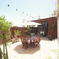 Hostelito Chetumal Hotel + Hostal