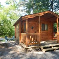 Lake George Escape One-Bedroom Rustic Cabin 61