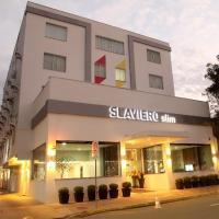 Naalt Hotel Joinville </h2 </a <div class=sr-card__item sr-card__item--badges <div class= sr-card__badge sr-card__badge--class u-margin:0  data-ga-track=click data-ga-category=SR Card Click data-ga-action=Hotel rating data-ga-label=book_window:  day(s)  <i class= bk-icon-wrapper bk-icon-stars star_track  title=4 estrelas  <svg aria-hidden=true class=bk-icon -sprite-ratings_stars_4 focusable=false height=10 width=43<use xlink:href=#icon-sprite-ratings_stars_4</use</svg                     <span class=invisible_spoken4 estrelas</span </i </div   <div class=sr-card__item__review-score style=padding: 8px 0  <div class=bui-review-score c-score bui-review-score--inline bui-review-score--smaller <div class=bui-review-score__badge aria-label=Com nota 8,9 8,9 </div <div class=bui-review-score__content <div class=bui-review-score__title Fabuloso </div </div </div   </div </div <div class=sr-card__item   data-ga-track=click data-ga-category=SR Card Click data-ga-action=Hotel location data-ga-label=book_window:  day(s)  <svg aria-hidden=true class=bk-icon -iconset-geo_pin sr_svg__card_icon focusable=false height=12 role=presentation width=12<use xlink:href=#icon-iconset-geo_pin</use</svg <div class= sr-card__item__content   <span data-et-view=HZUGOQQBSXVVFEfVafFRWe:1 HZUGOQQBSXVVFEfVafFRWe:6</span <strong class='sr-card__item--strong' Joinville </strong • <span 11 km </span  do(a) Pirabeiraba </div </div <div data-et-view= OLBdJbGNNMMfPESHbfALbLEHFO:1  OLBdJbGNNMMfPESHbfALbLEHFO:2  </div </div </div </div </li <li id=hotel_5576437 data-is-in-favourites=0 data-hotel-id='5576437' class=sr-card sr-card--arrow bui-card bui-u-bleed@small js-sr-card m_sr_info_icons card-halved card-halved--active   <div data-href=/hotel/br/hostel-mundo-joinville12.pt-br.html onclick=window.open(this.getAttribute('data-href')); target=_blank class=sr-card__row bui-card__content data-et-click= data-et-view=  <div class=sr-card__image js-sr_simple_card_hotel_image has-debolded-deal js-lazy-image sr-card
