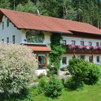 Haus Am Waldrand - Ferienwohnung Augustin