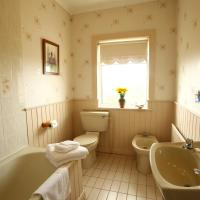 Brooklodge Bed and Breakfast