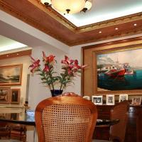 Villa Gallery