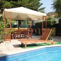 Yellow Cottage-Retro Style.Pool